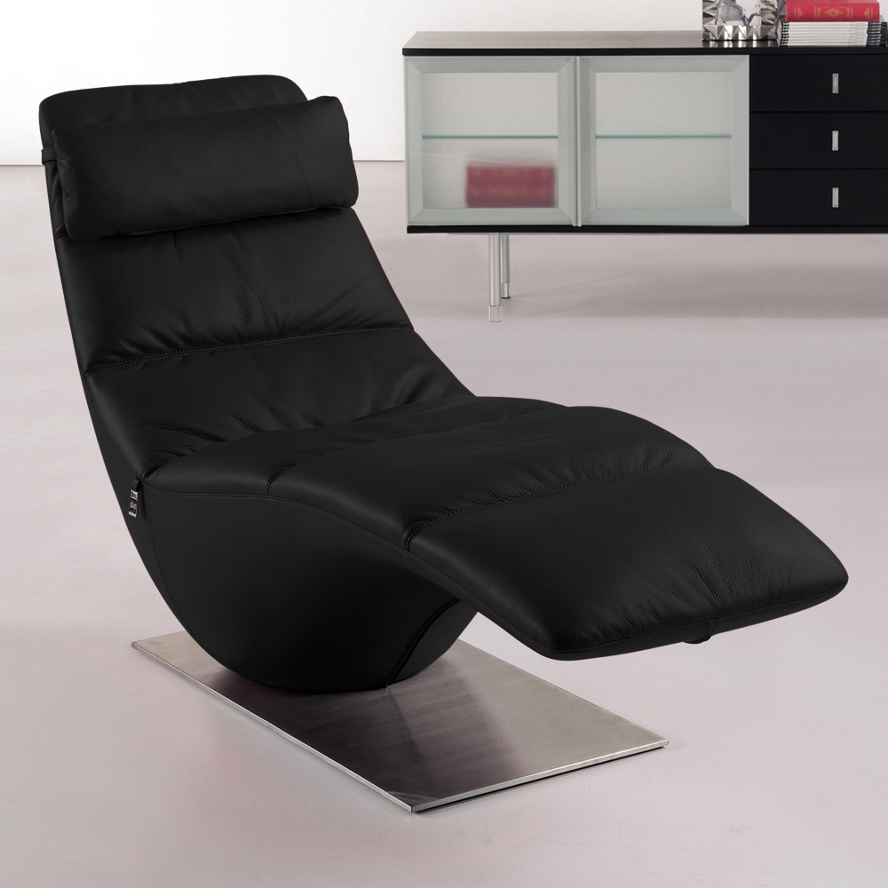 Zuri Furniture (View 8 of 15)