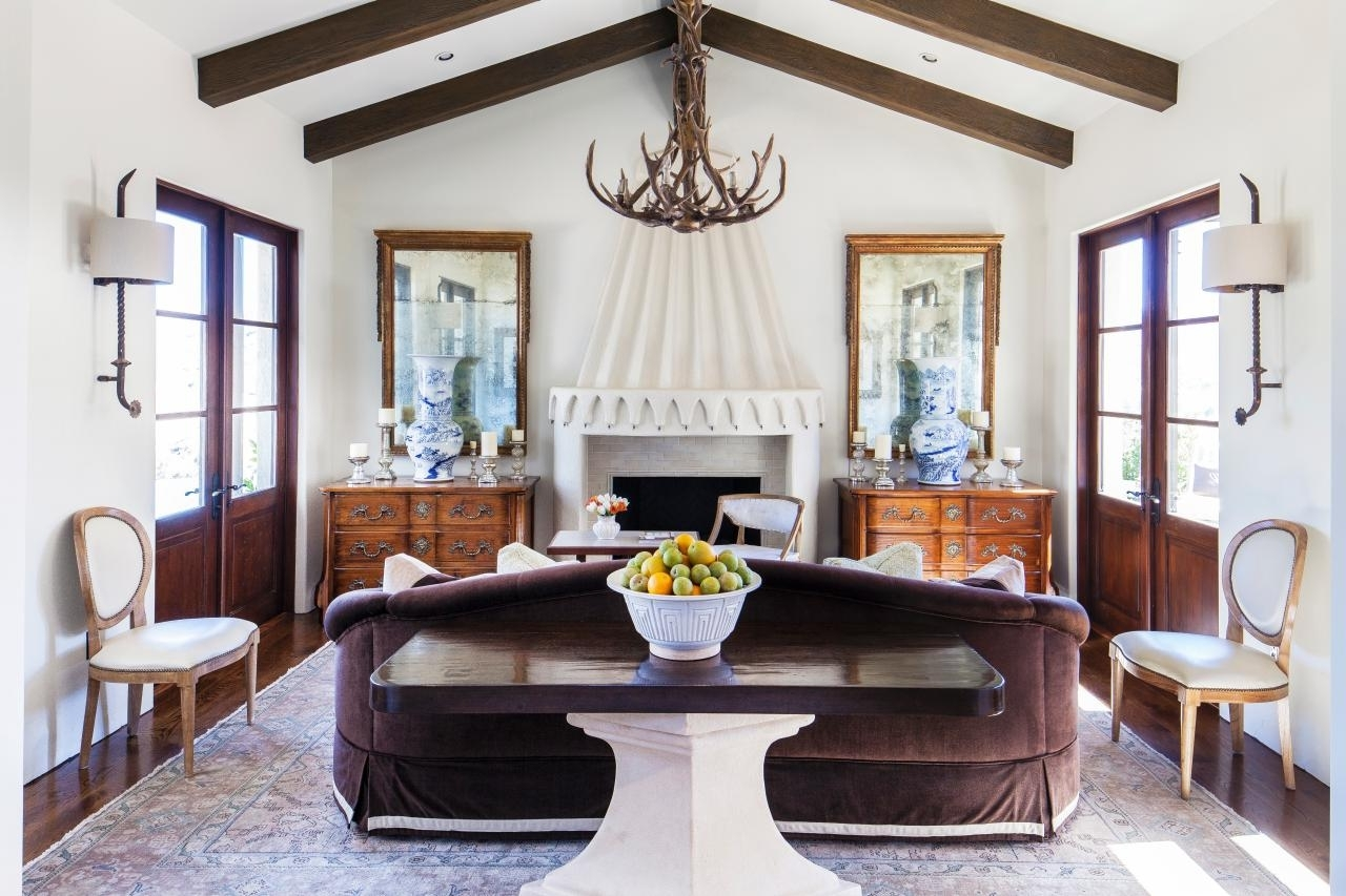 Antler Chandelier — Best Home Decor Ideas : How To Make Antler In Most Current Modern Antler Chandelier (View 3 of 15)