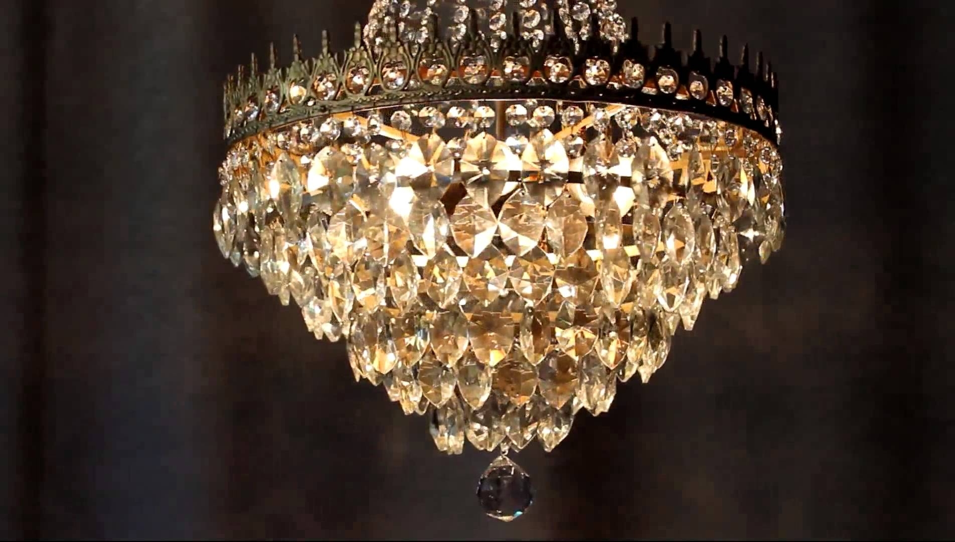 Best And Newest Huge Chandeliers With Regard To Huge Antique Luster Crystal Candelabra Chandelier Lighting Brass Old (View 2 of 15)