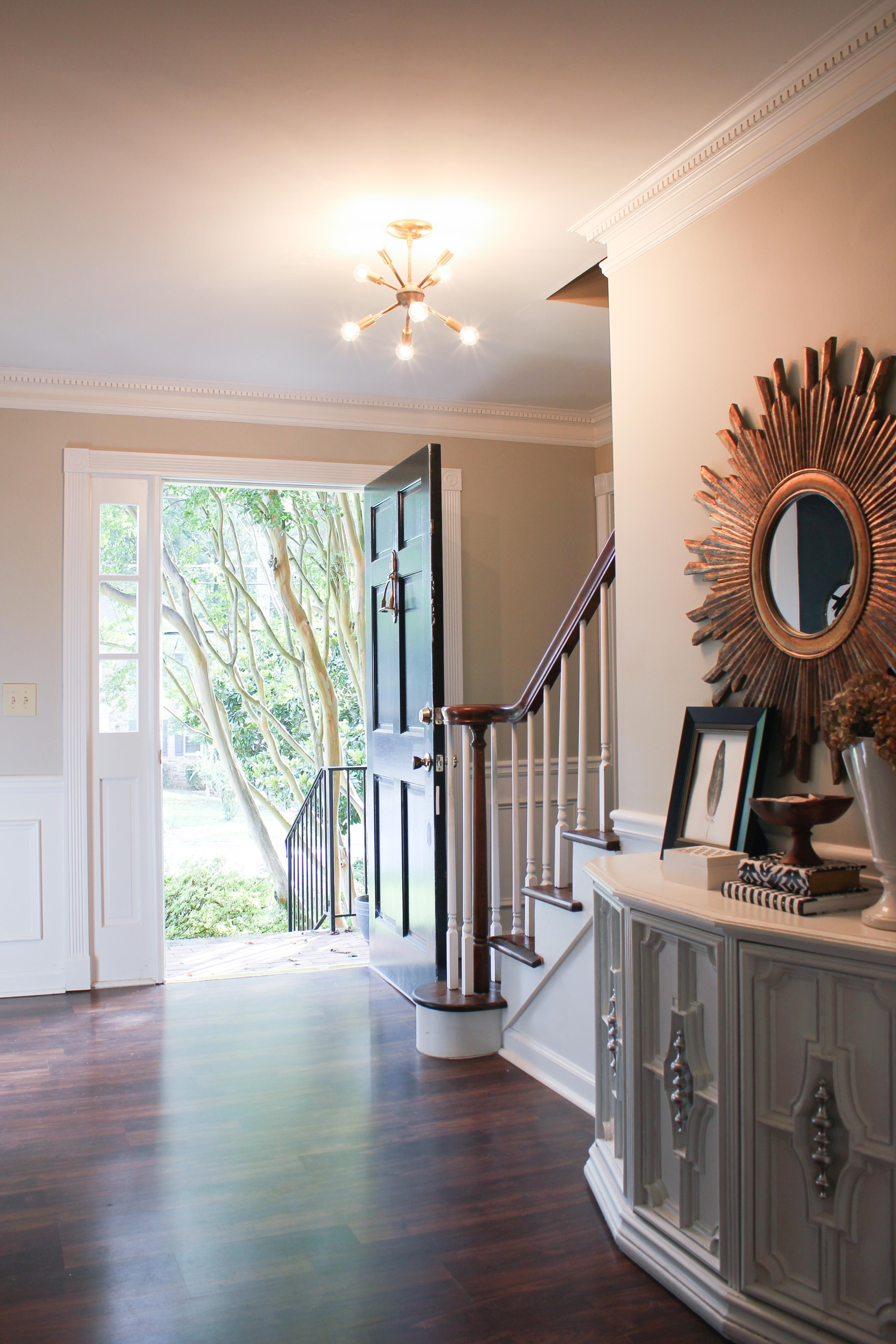 Best And Newest Mini Sputnik Chandeliers Regarding Accessories: Mid Century Style Lighting In Living Room Using Sputnik (View 10 of 15)