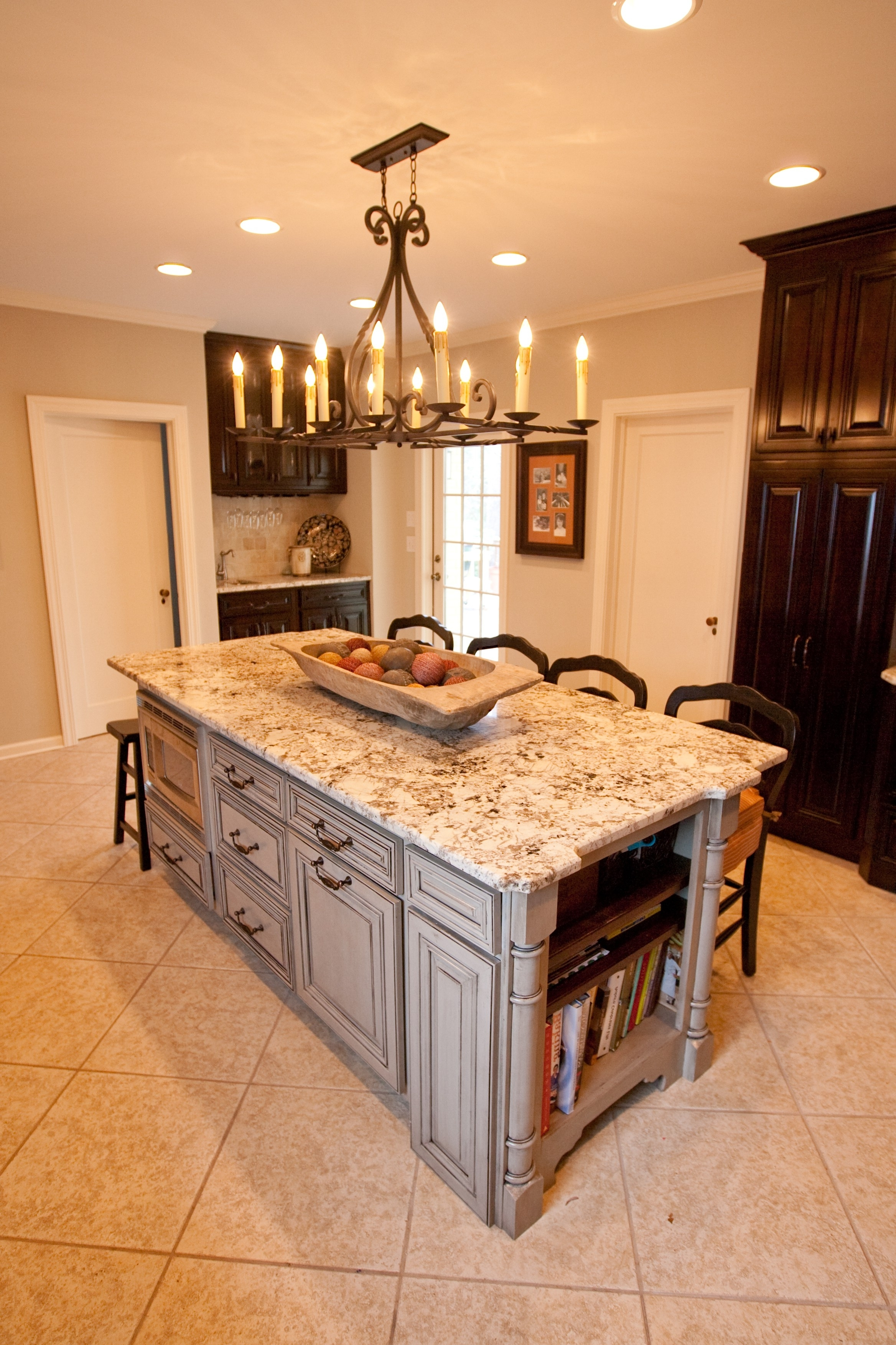 Current Beautiful Kitchen With Art Decor Wrought Iron And Kitchen Intended For Small Rustic Kitchen Chandeliers (View 13 of 15)