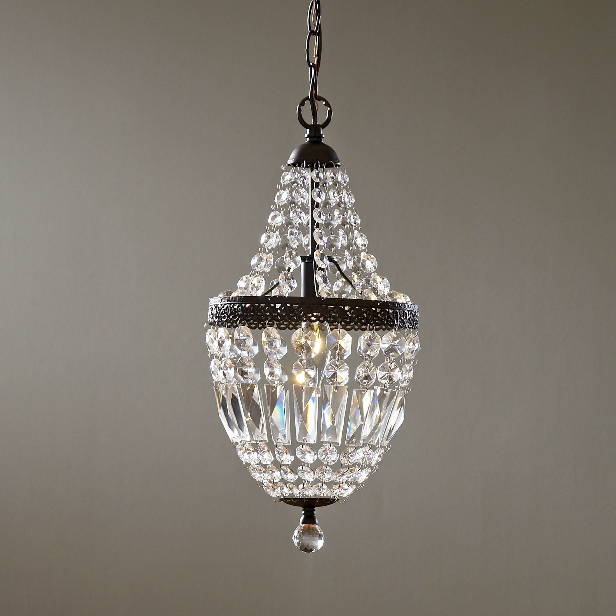 Current Small Chandeliers In Chandelier (View 4 of 15)