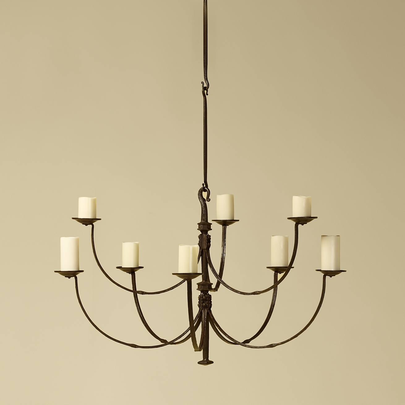 Fashionable Iron Chandelier Regarding Rose Tarlow Iron Chandelier – Such Graceful Lines On This Chandelier (View 12 of 15)