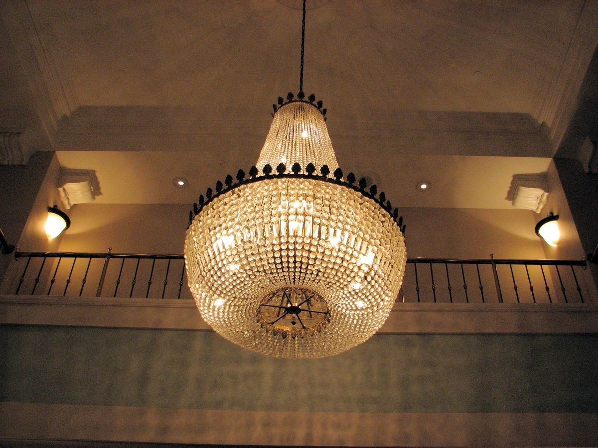 Favorite Chandelier Within Hotel Chandelier (View 2 of 15)