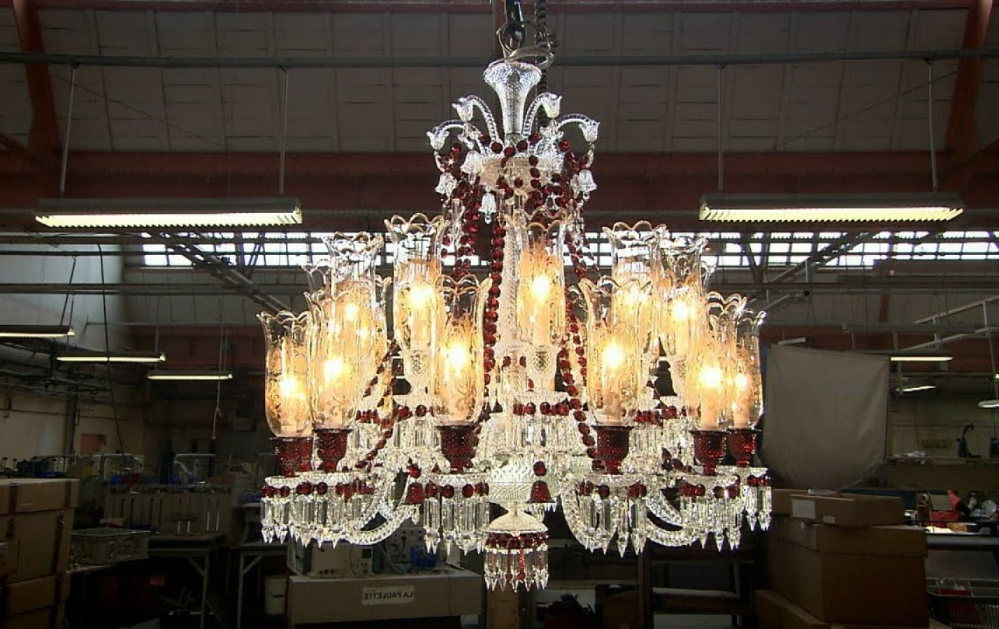 Huge Chandeliers Intended For Most Popular Large Foyer Multi Globe Chandelier – Trgn #4144F7Bf (View 8 of 15)
