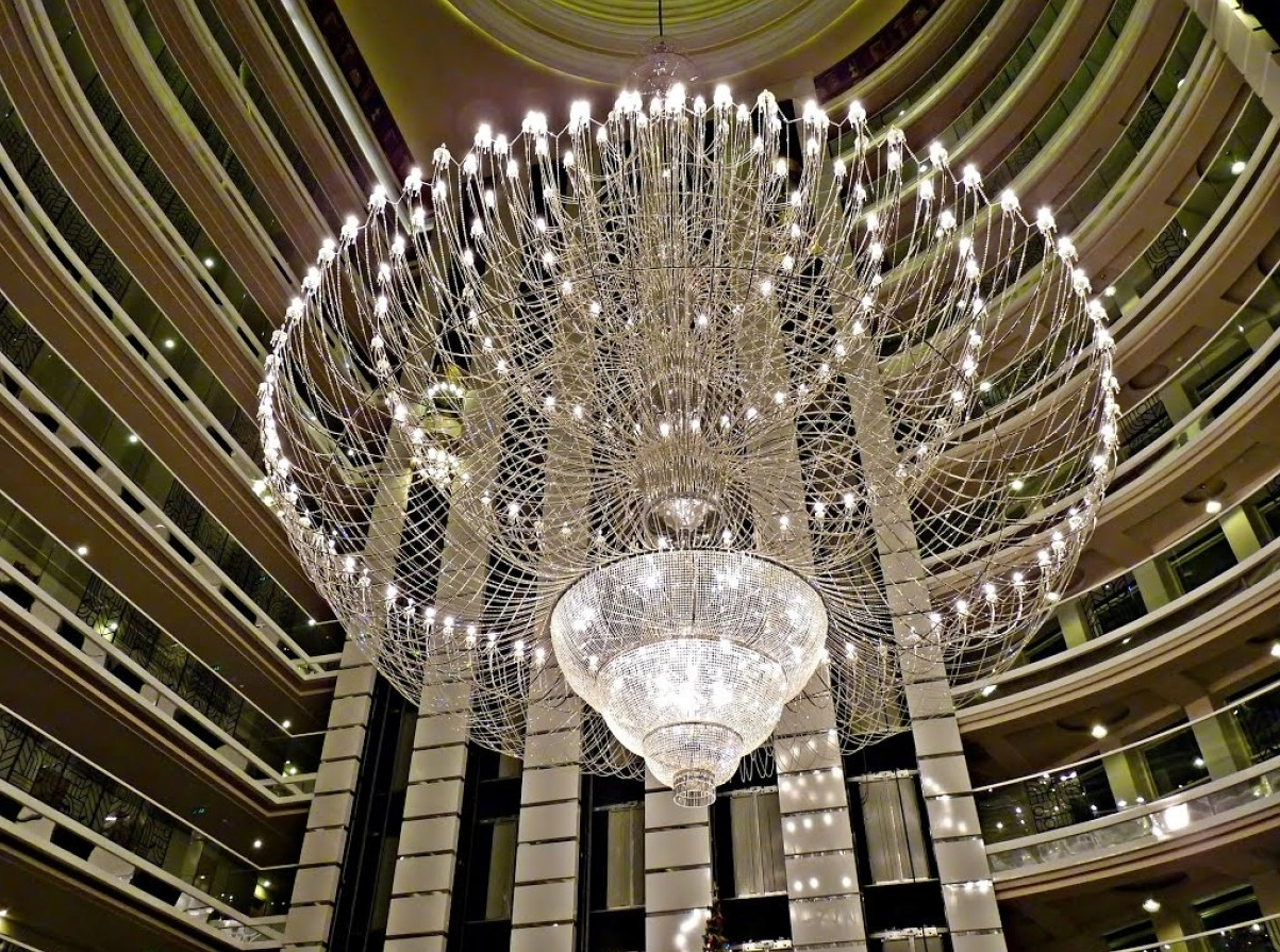 Huge Crystal Chandelier Intended For Most Popular Chandeliers Design : Marvelous Extra Large Crystal Chandeliers (View 10 of 15)