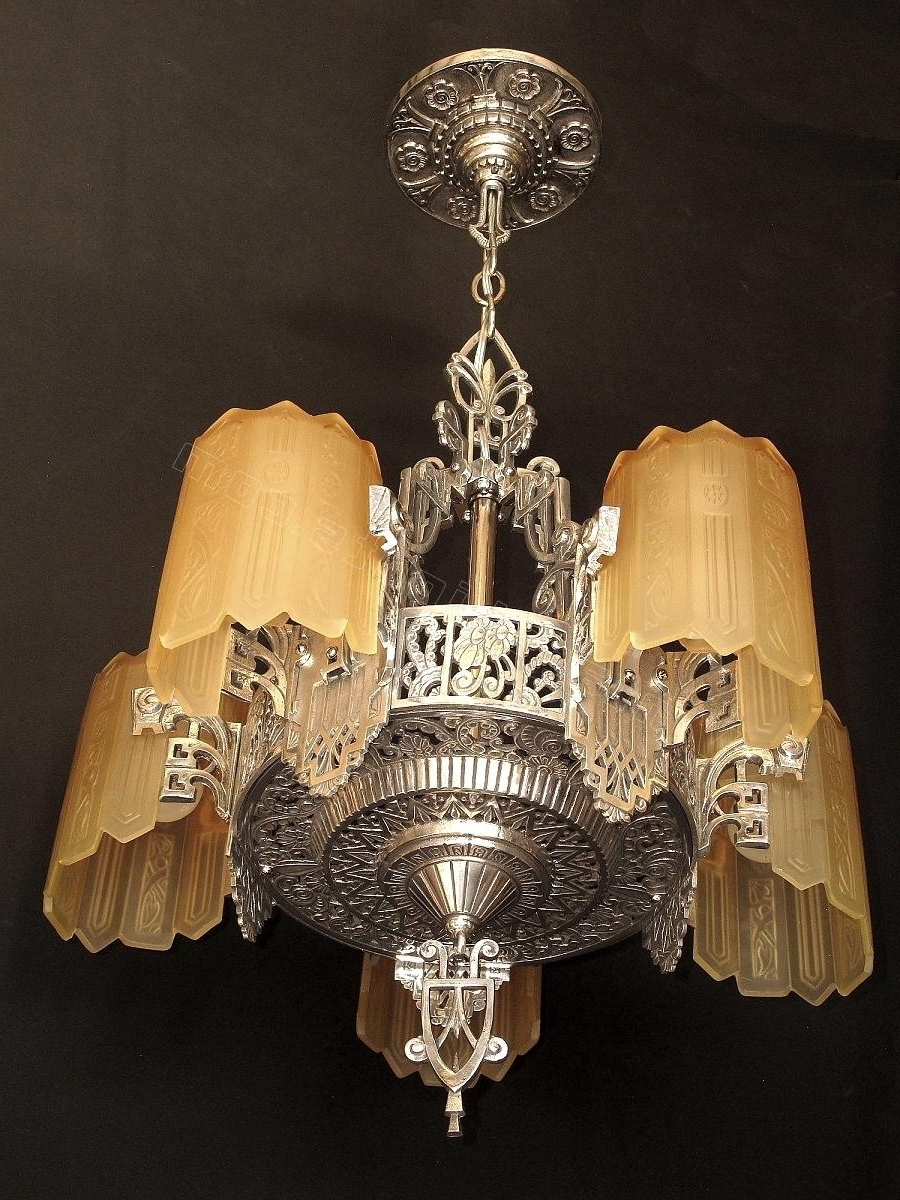 Large Art Deco Chandelier For Most Current Deco Lamp : Tiffany Wall Lights Art Deco Style Multi Light Pendant (View 5 of 15)