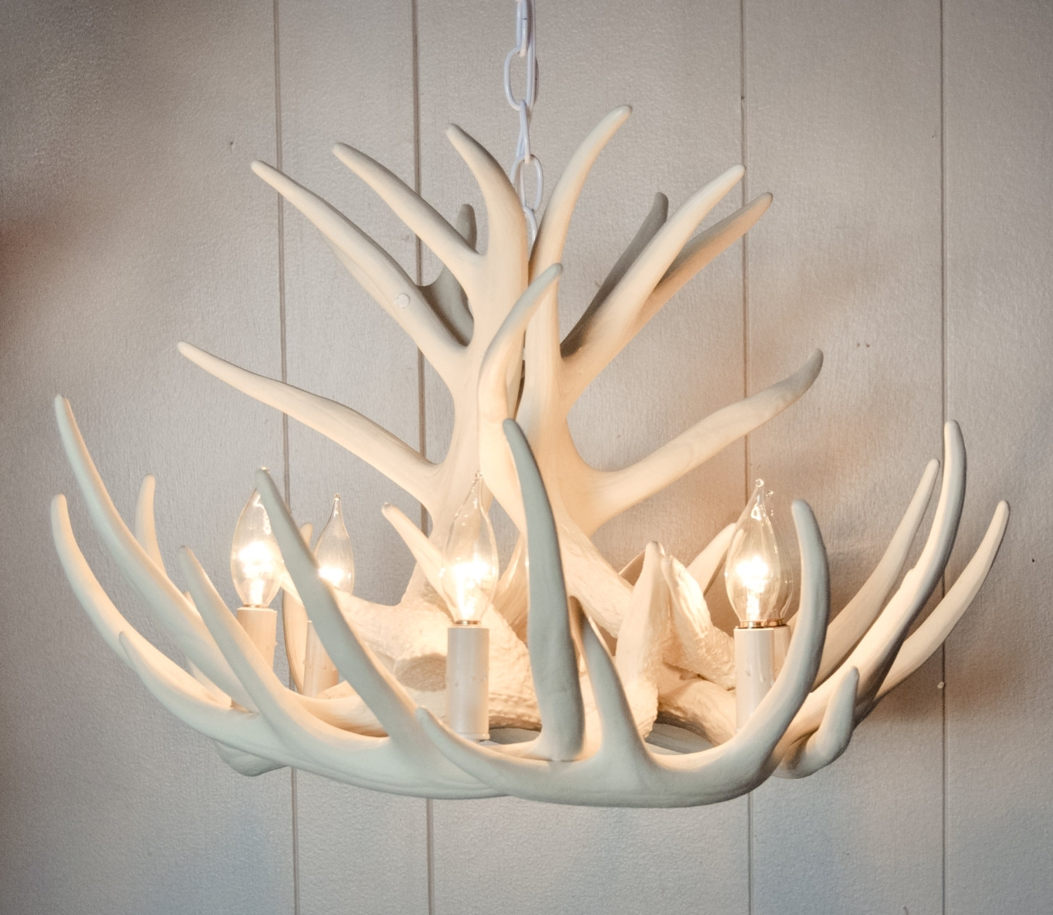 Latest Making Your Own Antler Chandelier – Bestartisticinteriors Intended For Modern Antler Chandelier (View 8 of 15)