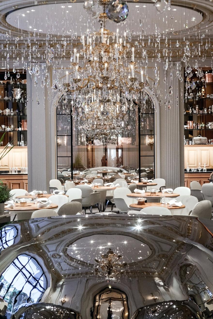 Light : Chandelier Restaurant Las Vegas Dubai Menu Bayonne Nj Hotel With Regard To Popular Restaurant Chandelier (View 7 of 15)