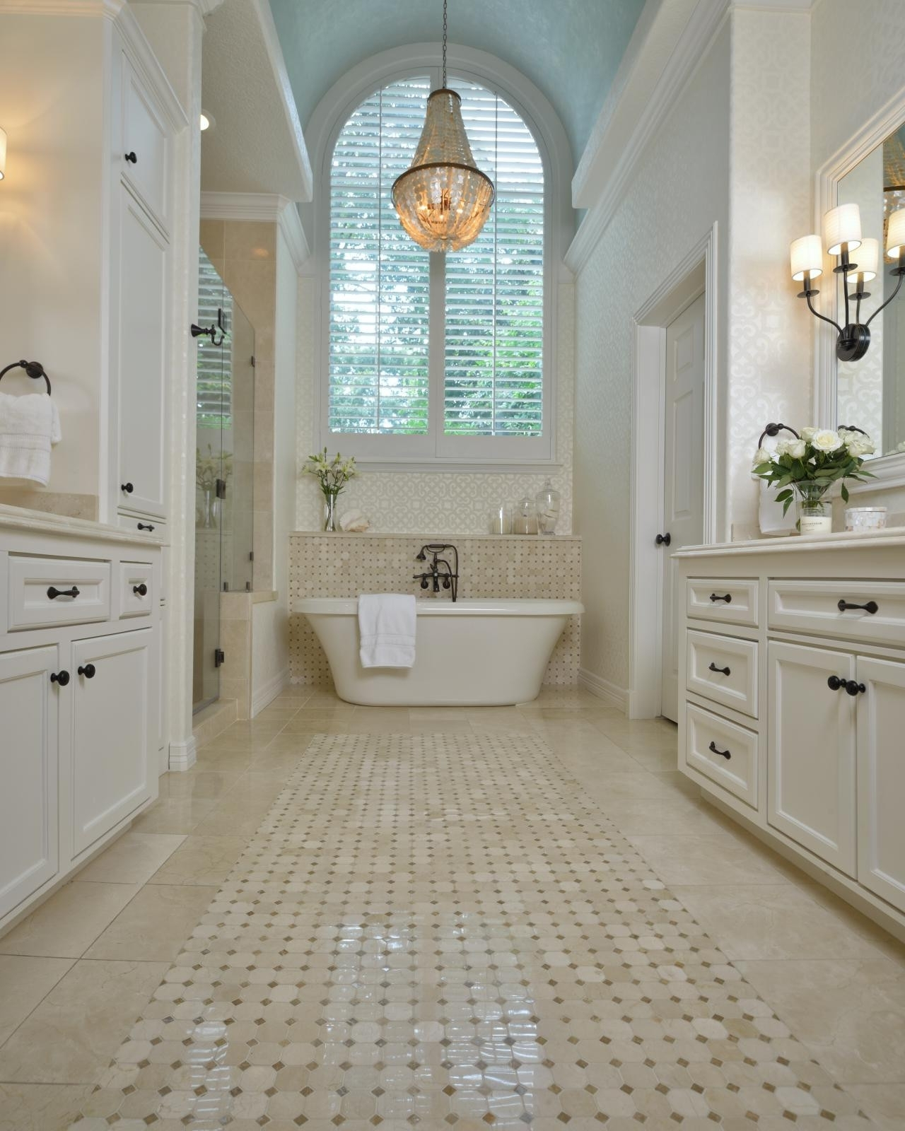 Modern Bathroom Chandeliers Within Trendy Chandeliers : Beautiful Latest Modern Bathroom Chandeliers Images (View 6 of 15)