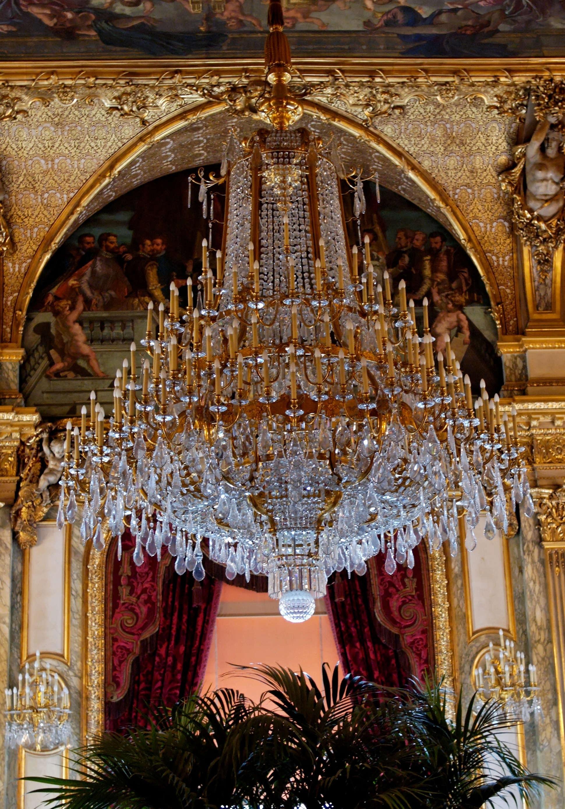 Most Popular Chandeliers : Big Chandelier Lovely Giant Huge Chandelier Throughout Massive Chandelier (View 11 of 15)