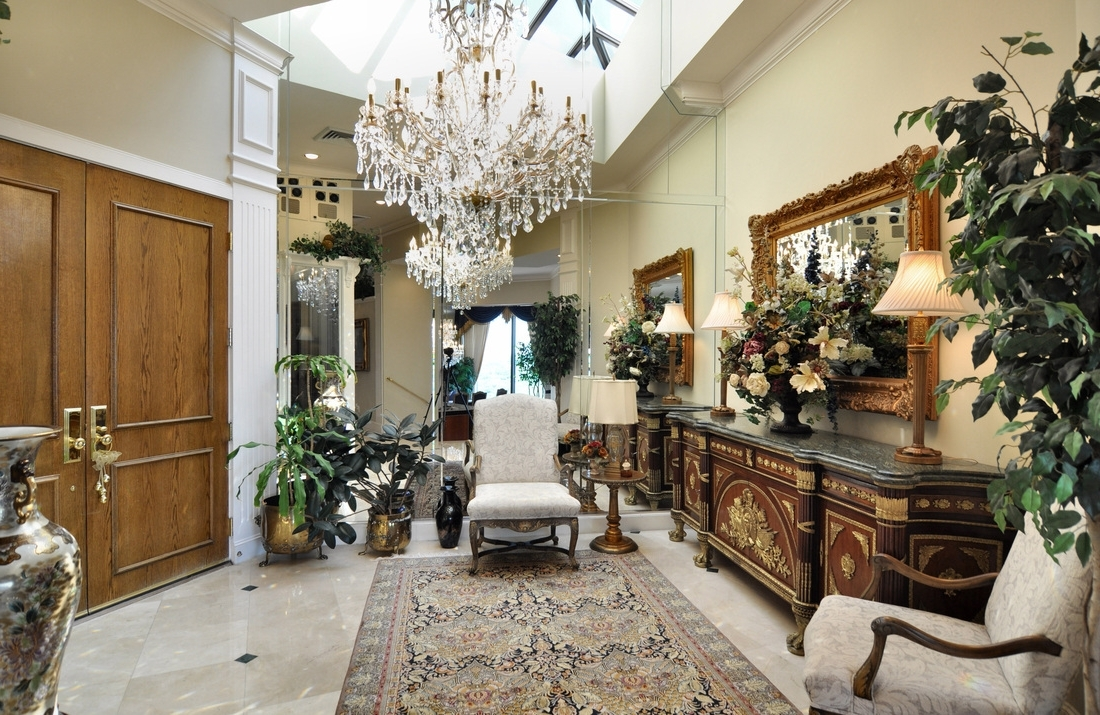 Most Popular Oversized Chandeliers In Chandelier (View 2 of 15)