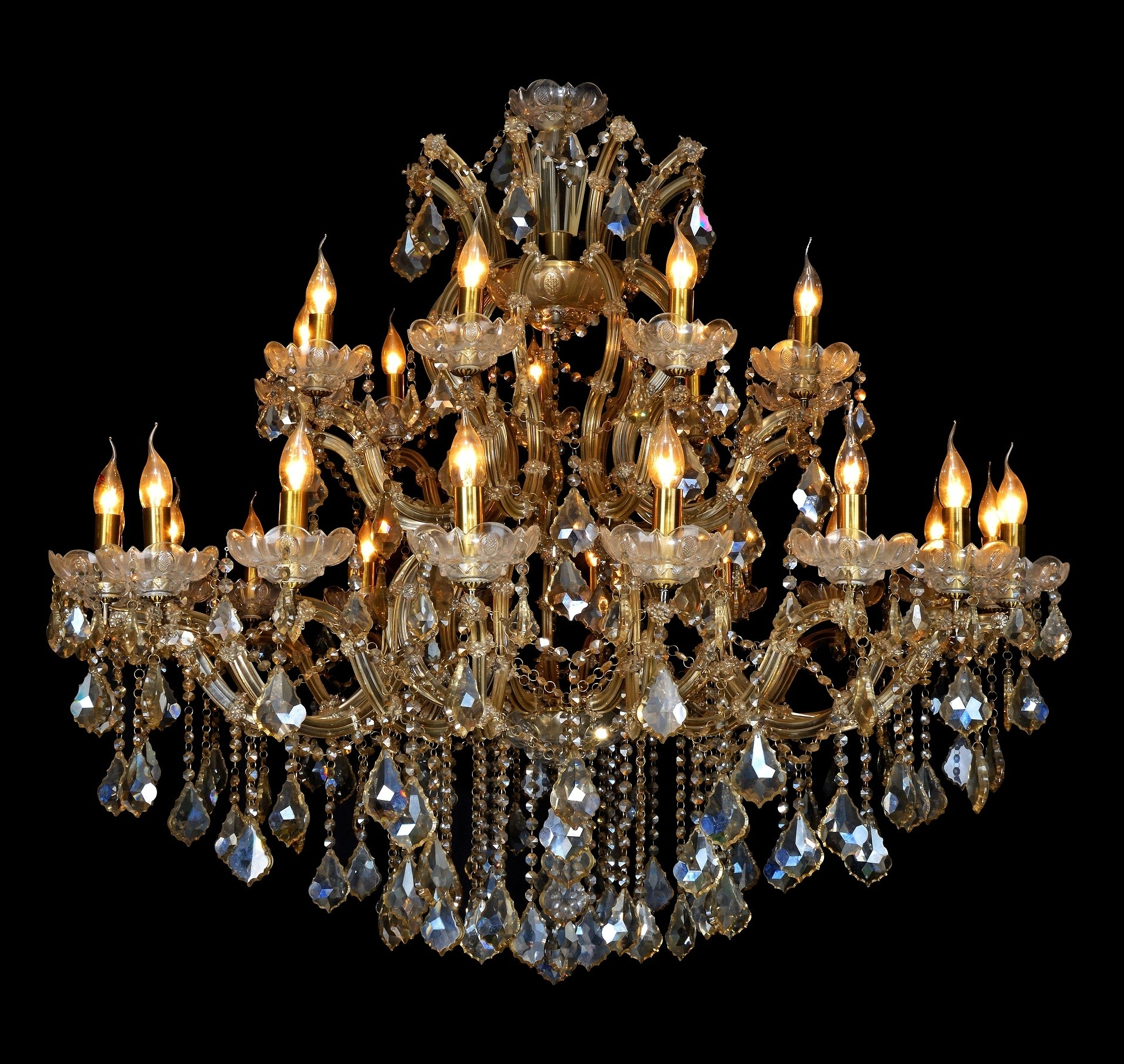 Queen Royal Victoria Of Uk, 27L, 2 Tiers Extra Large Over Size K9 Intended For Most Recently Released Extra Large Crystal Chandeliers (Gallery 10 of 15)