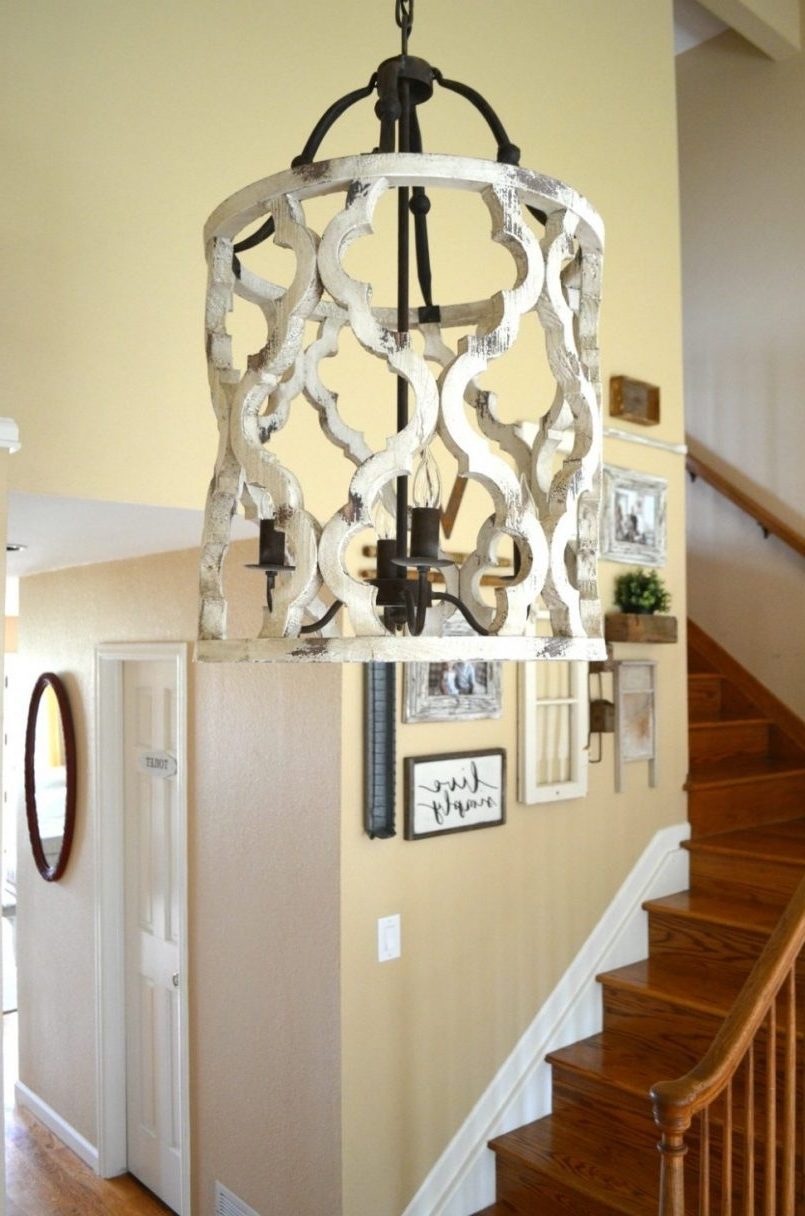 Small Rustic Crystal Chandeliers Within Trendy Light : Farmhouse Chandelier For Entryway Updated The Prettiest (View 11 of 15)