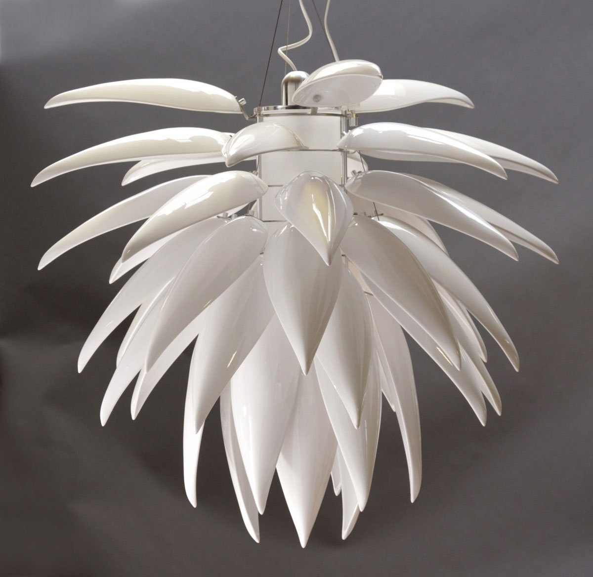 Trendy Contemporary Lighting Chandeliers White : Antique Contemporary Regarding White Contemporary Chandelier (View 12 of 15)