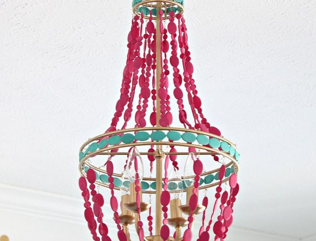 Turquoise Empire Chandeliers Pertaining To Famous Chandelier : Beach House Chandelier Fearsome Wood Chandelier (View 10 of 15)
