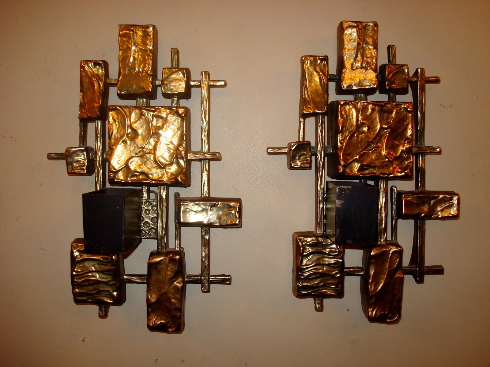 Wall Mounted Candle Chandeliers Intended For Well Liked Awesome Decorative Wall Sconces 2017 Design – Wall Sconce Lighting (View 12 of 15)