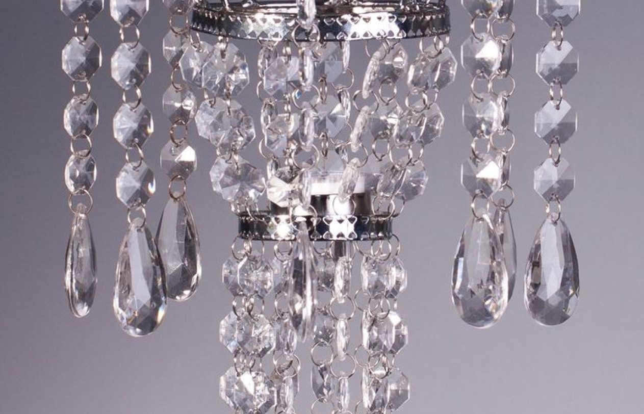 Widely Used Faux Crystal Chandelier Centerpieces Throughout Chandelier : Stunning Faux Crystal Chandelier Wedding Bead Strands (View 6 of 15)