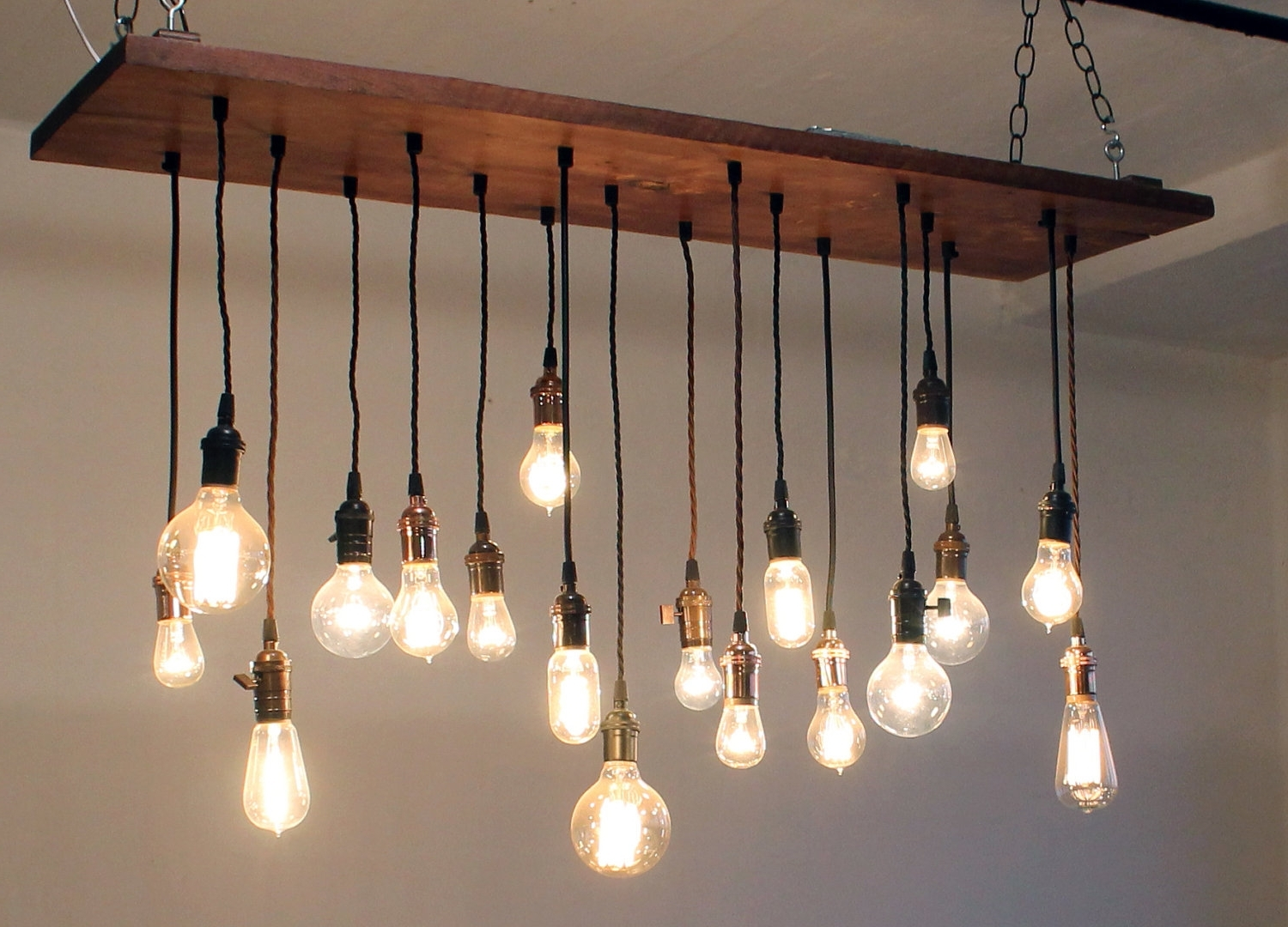 Wooden Chandeliers In Popular Lighting: Incredible Wooden Chandeliers For Home Accessories Ideas (View 11 of 15)