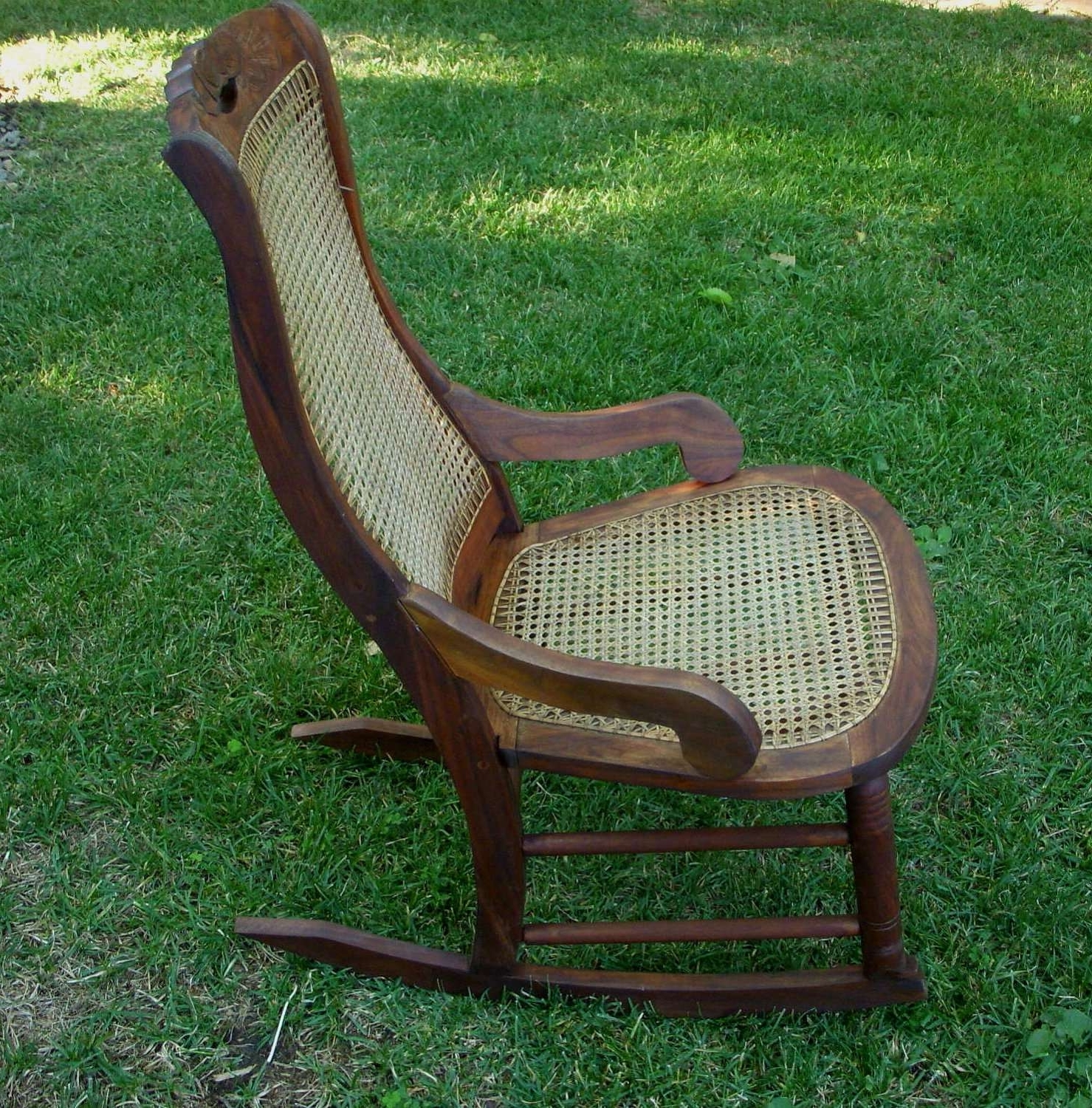 Chair Designs Gallery Pertaining To Current Antique Wicker Rocking Chairs (View 5 of 15)