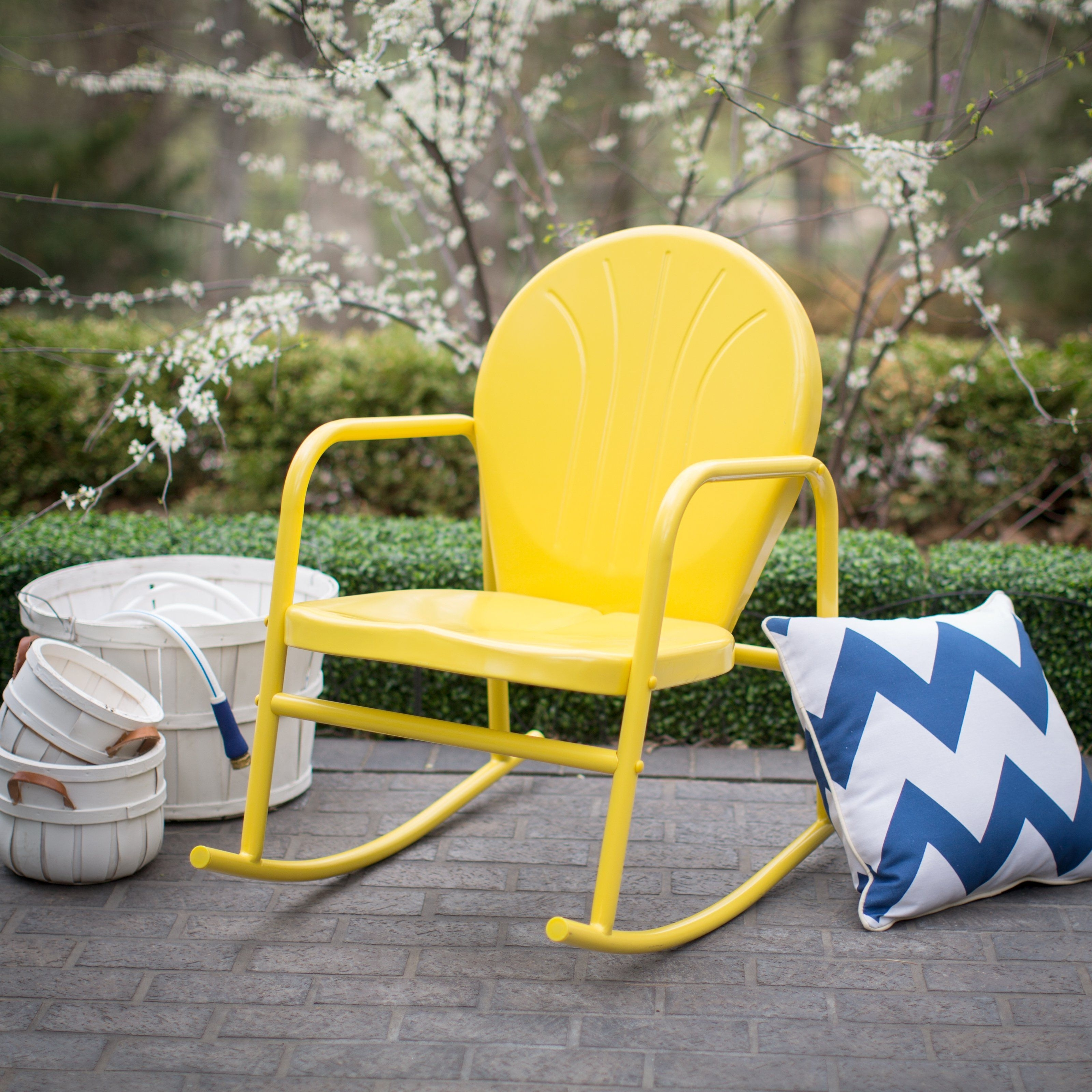 Current Vintage Outdoor Rocking Chairs For Coral Coast Vintage Retro Steel Single Rocker – Outdoor Rocking (View 15 of 15)