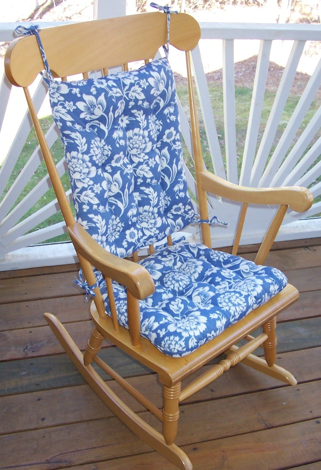 Fashionable Outdoor Rocking Chair Cushions Pattern : Beautiful Outdoor Rocking With Regard To Rocking Chair Cushions For Outdoor (View 4 of 15)