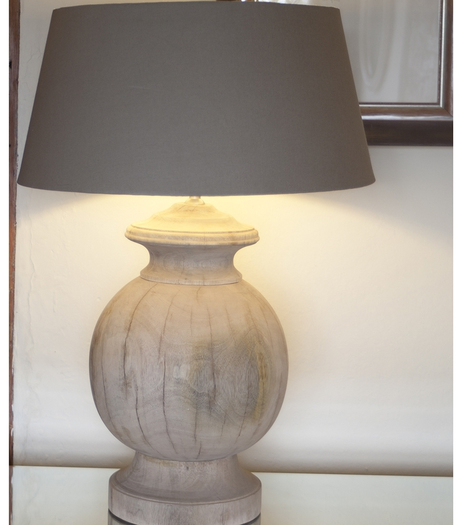 Featured Photo of Large Living Room Table Lamps