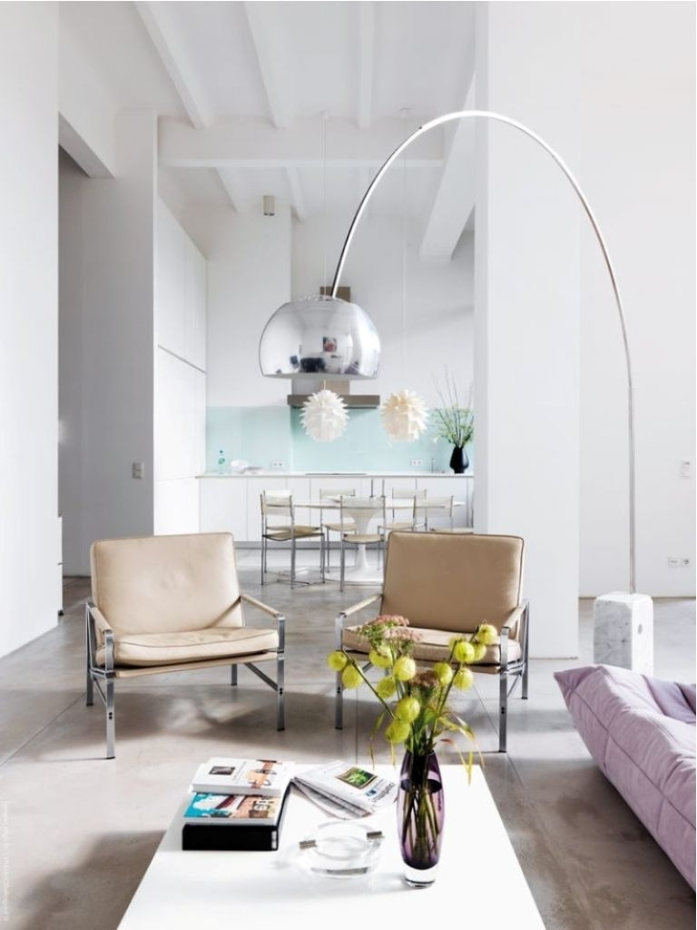 How To Decorate Your Living Room With Table And Floor Lamp Lamps For Trendy Large Living Room Table Lamps (View 11 of 15)