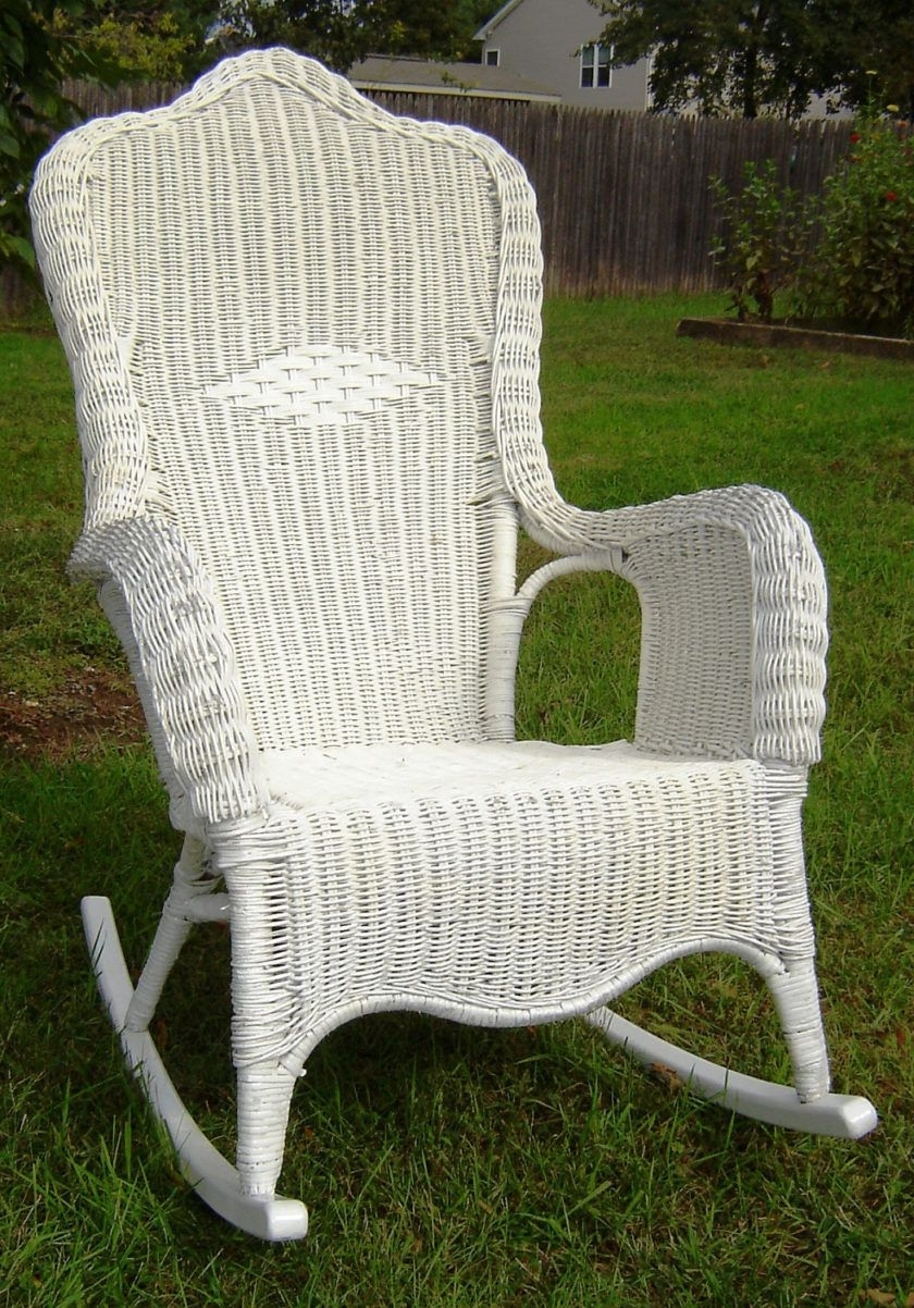 Incredible Uncategorized Wicker Outdoor Rocking Chair In Pic For throughout Fashionable Outdoor Wicker Rocking Chairs