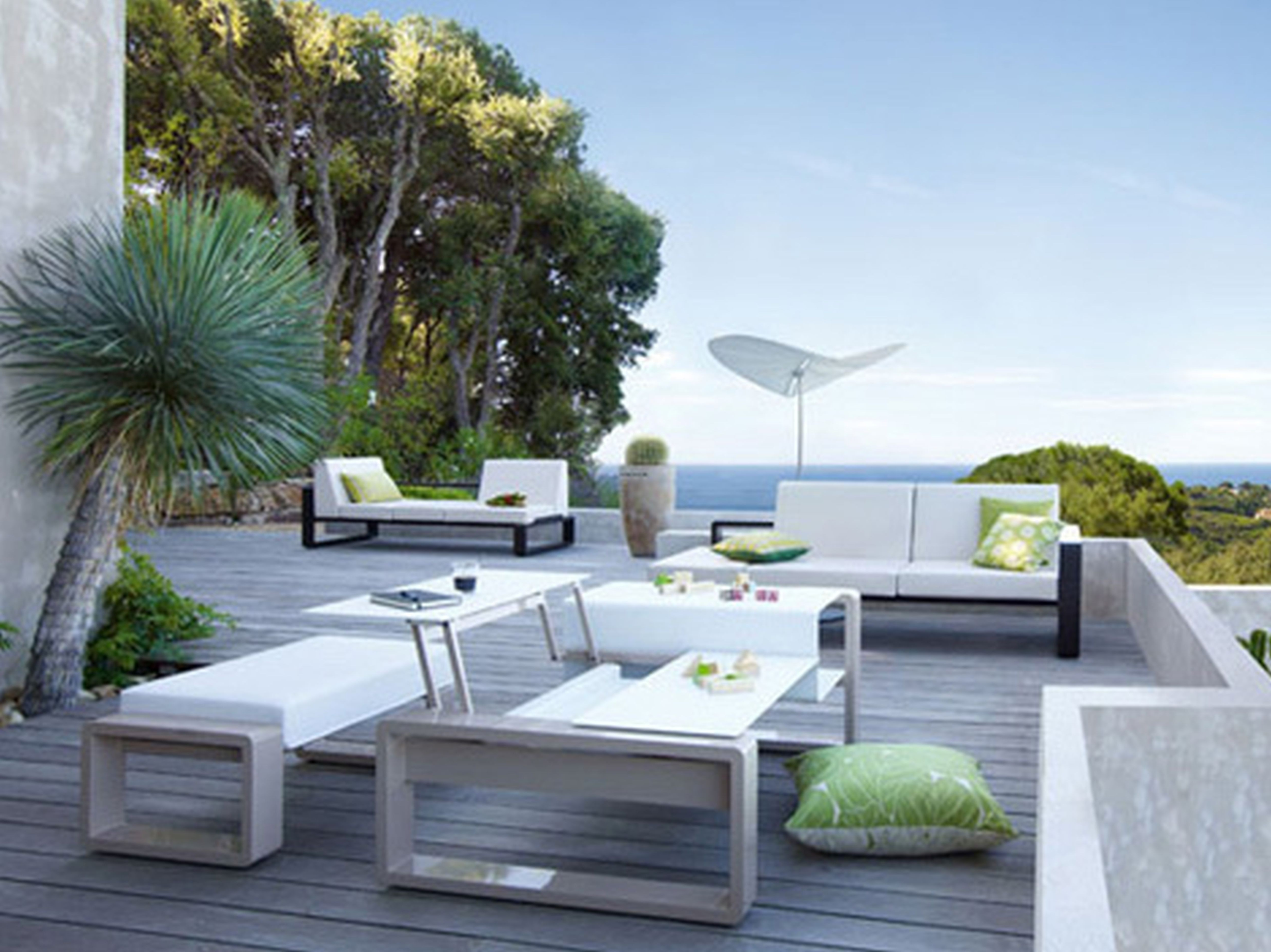 Latest Exciting Modern Outdoor Dining Table Home Design White Tables Intended For Modern Patio Conversation Sets (View 3 of 15)