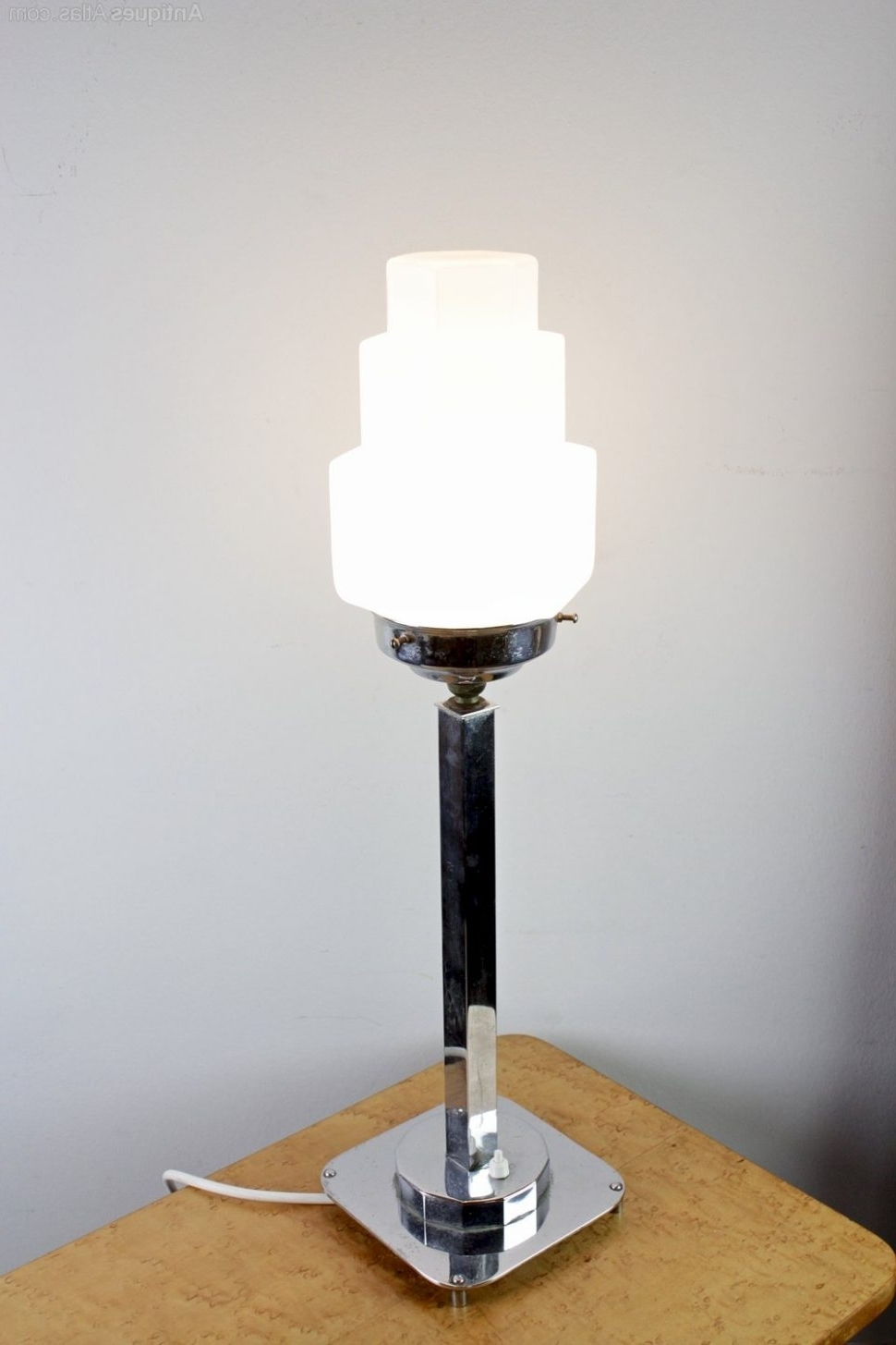 Livingroom : Antique Art Deco Table Lamps — Design The Categories Of For Well Liked Table Lamps For Living Room At Ebay (View 12 of 15)