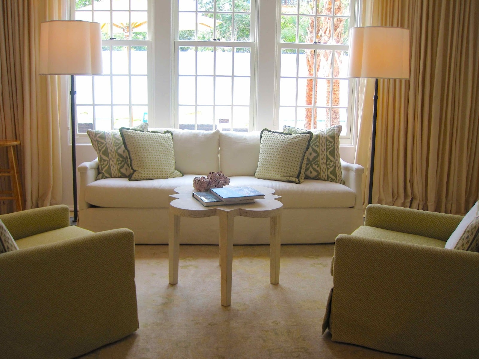 Featured Photo of Coastal Living Room Table Lamps