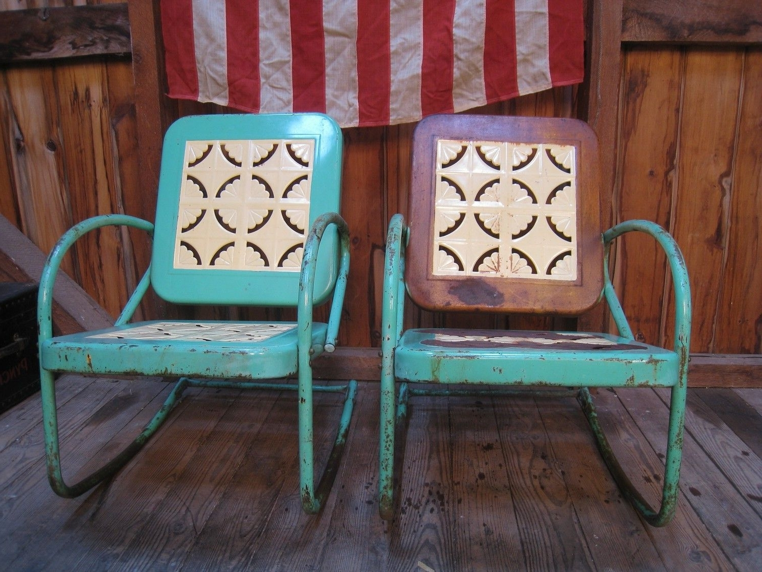 Most Recently Released Vintage 1950S Metal Lawn Porch Glider Patio Chairs (View 4 of 15)