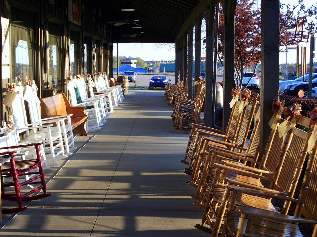 Popular Cracker Barrel Rocking Chairs (View 8 of 15)