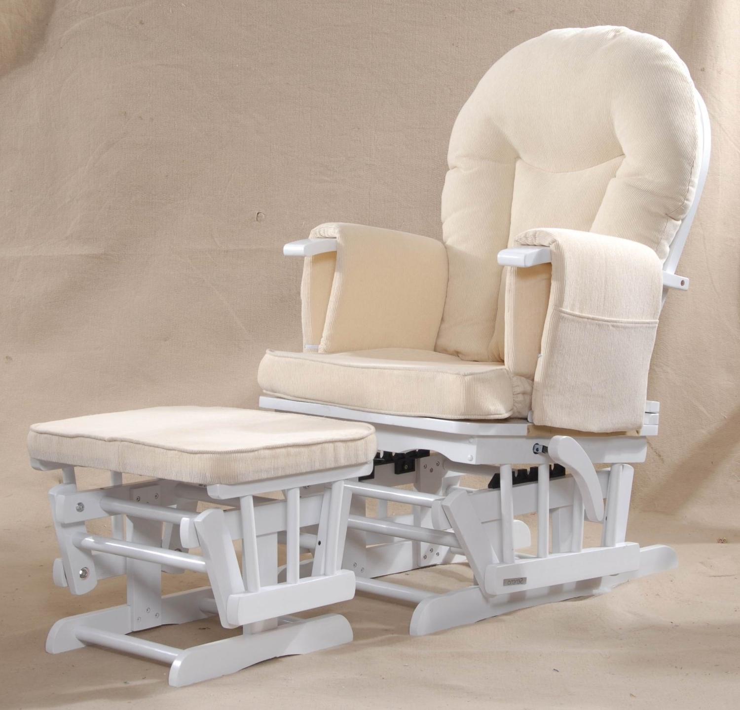 Popular Rocking Chairs For Nursing Throughout Bedroom : Nursery Rocking Chair Nursing Chair Glider Rocker Baby (View 6 of 15)