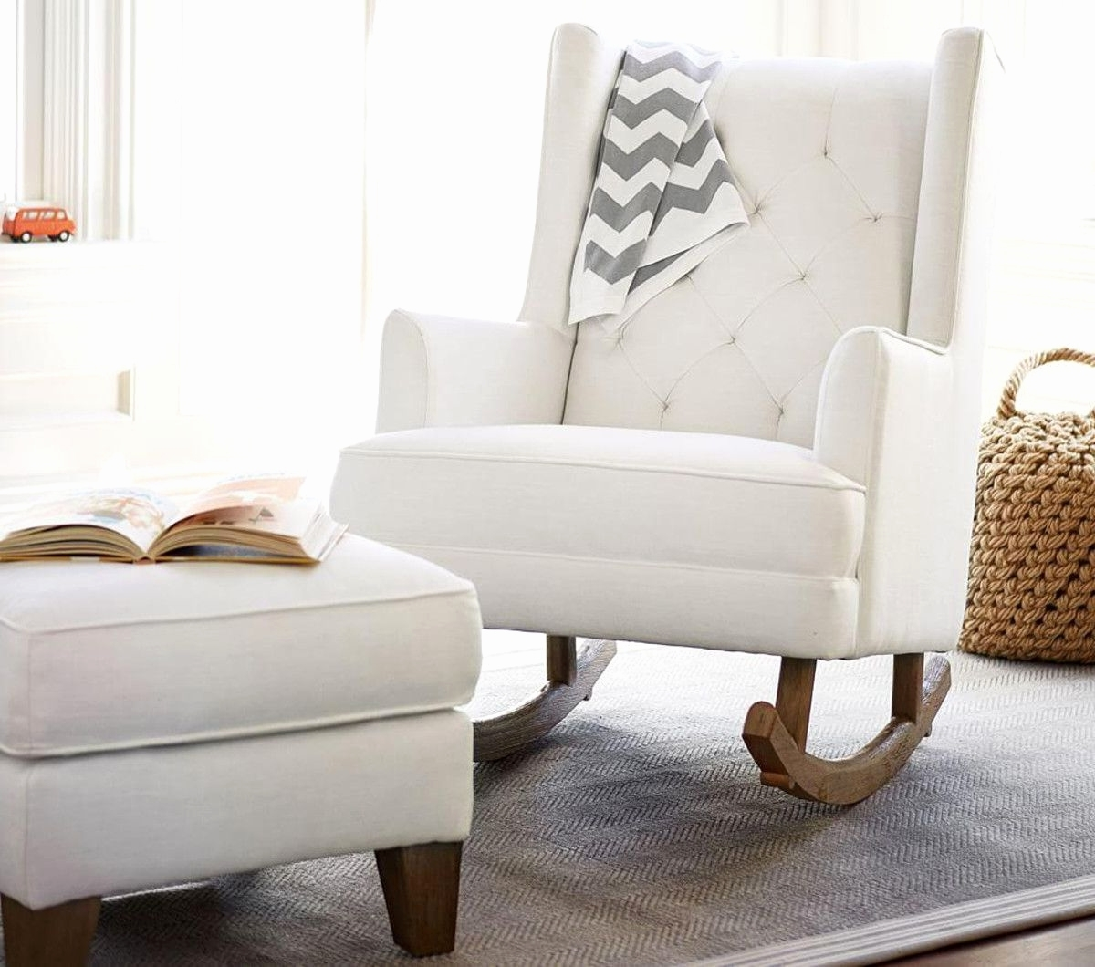 Rocking Chair Baby Nursery – Noakijewelry Regarding Widely Used Rocking Chairs For Baby Room (View 11 of 15)