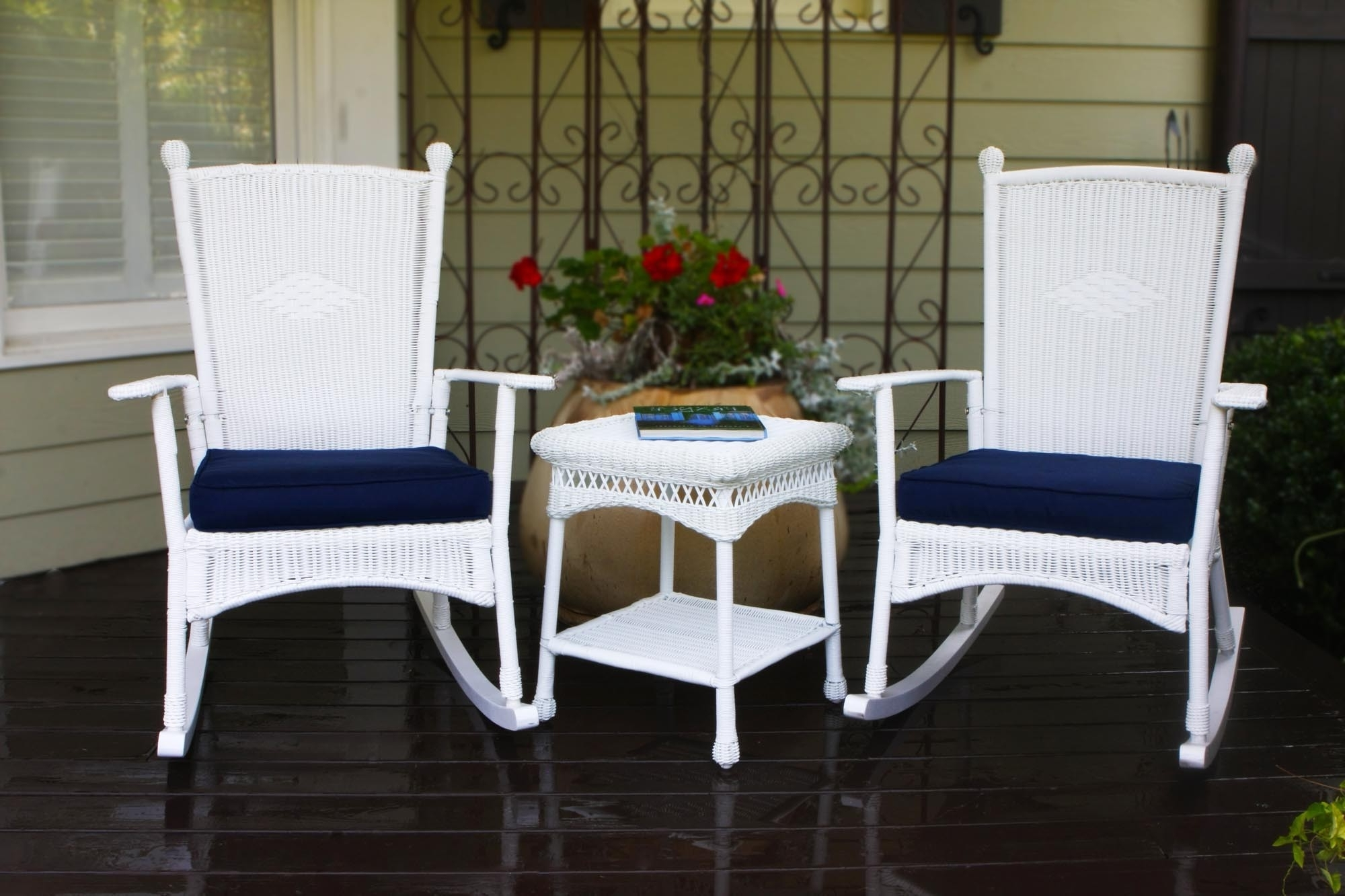 White Wicker Rocking Chairs Throughout Recent Rocking Chairs – Tortuga Outdoor Of Georgia – Alpharetta (View 13 of 15)