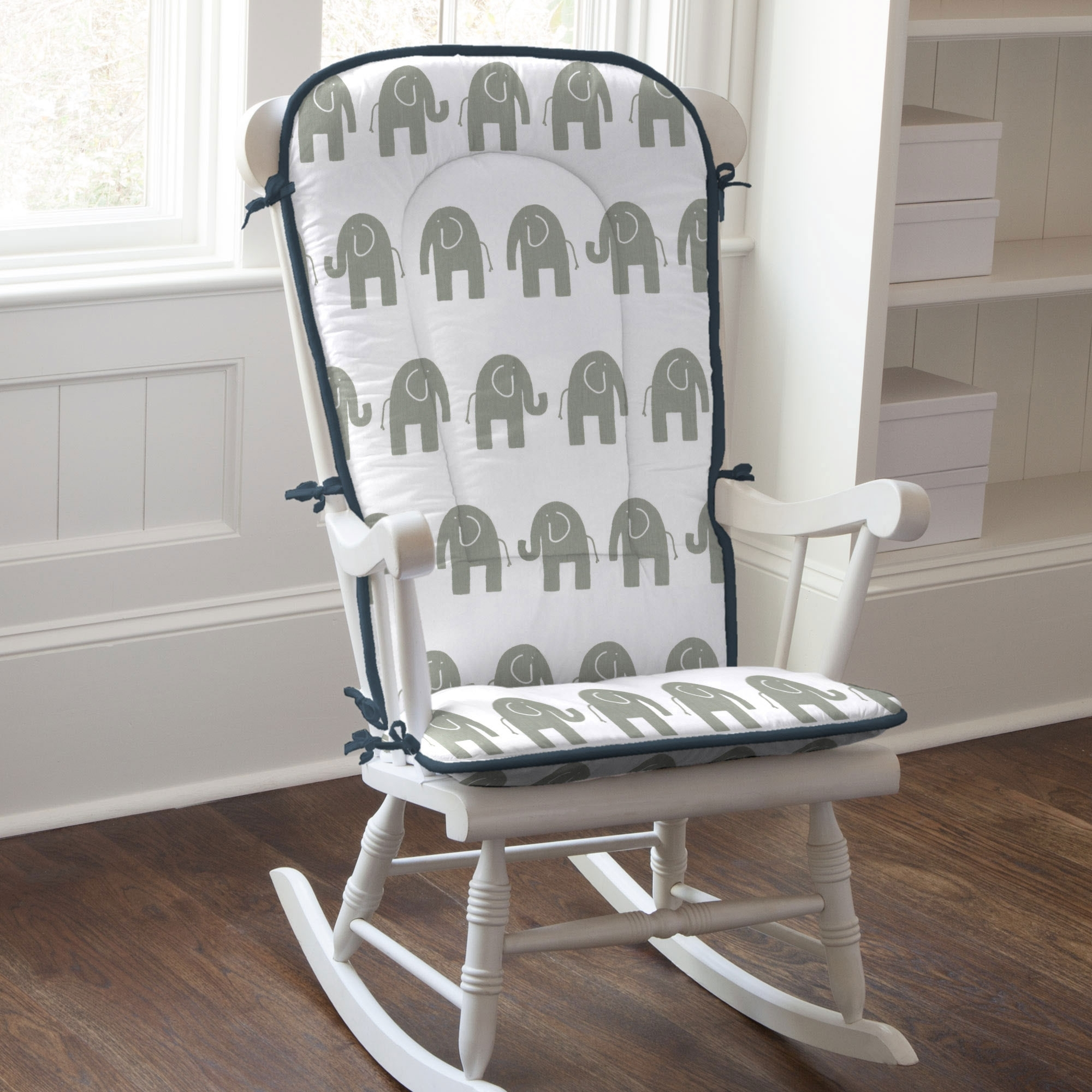 Featured Photo of Rocking Chairs With Cushions