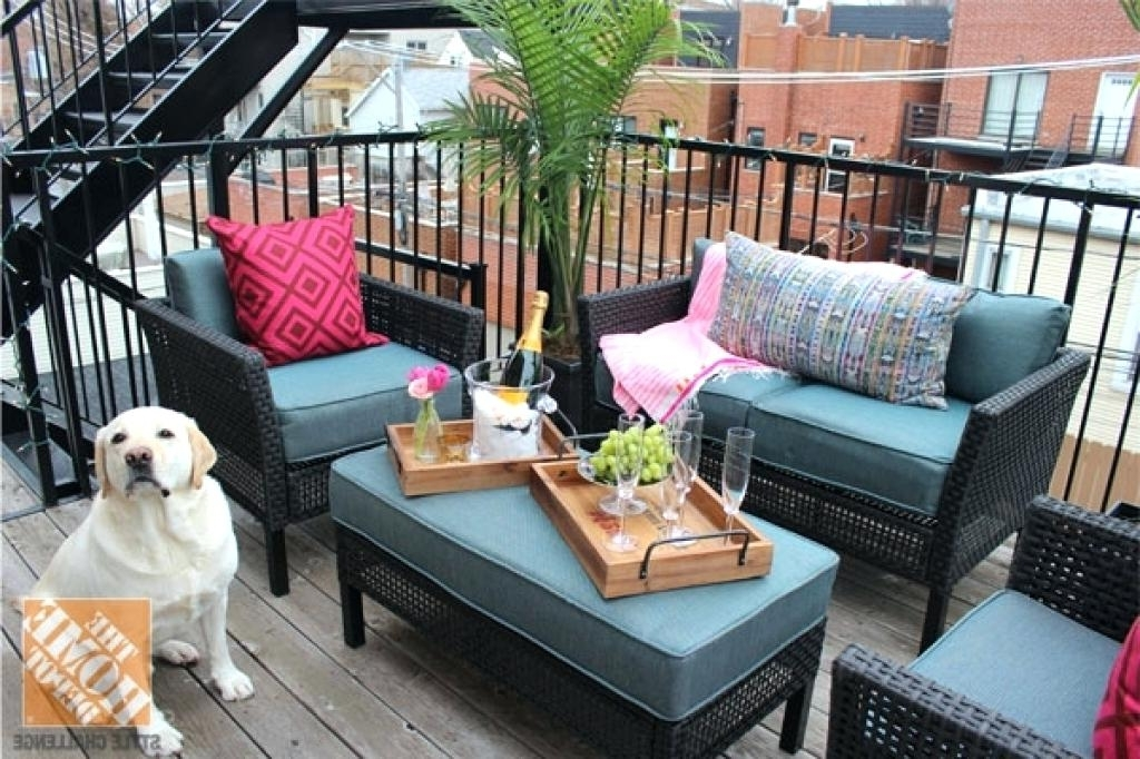 2018 Patio Umbrellas For Small Spaces In Small Patio Furniture – Visitworld (View 3 of 15)