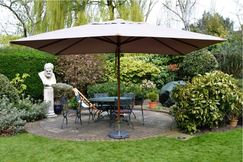 Amazing Rectangle Patio Umbrella 12 Patio Umbrella Ashery Design Intended For Famous Rectangle Patio Umbrellas (View 1 of 15)