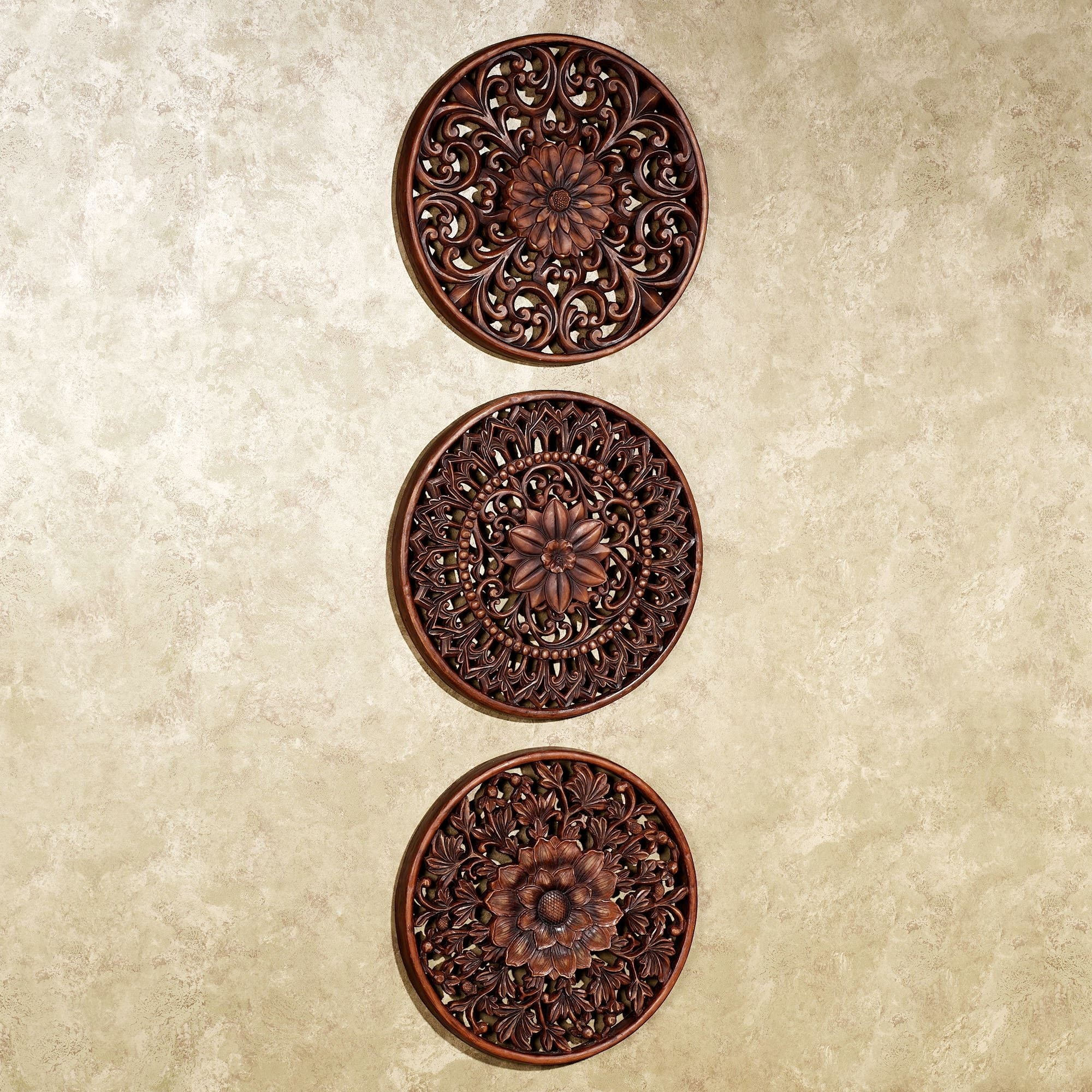 Current Medallion Wall Art Pertaining To Floral Medallion Wall Plaque Set (View 5 of 15)