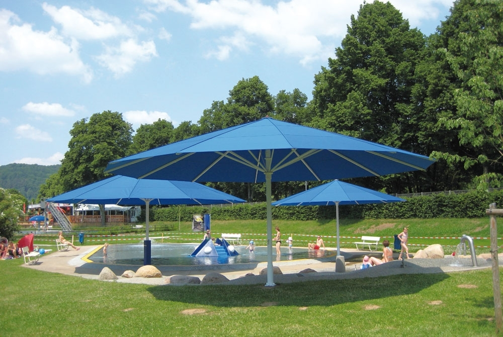 Extra Large Patio Umbrellas Inside Fashionable Extra Large Patio Umbrellas – Giant Umbrellas Uhlmann (View 3 of 15)