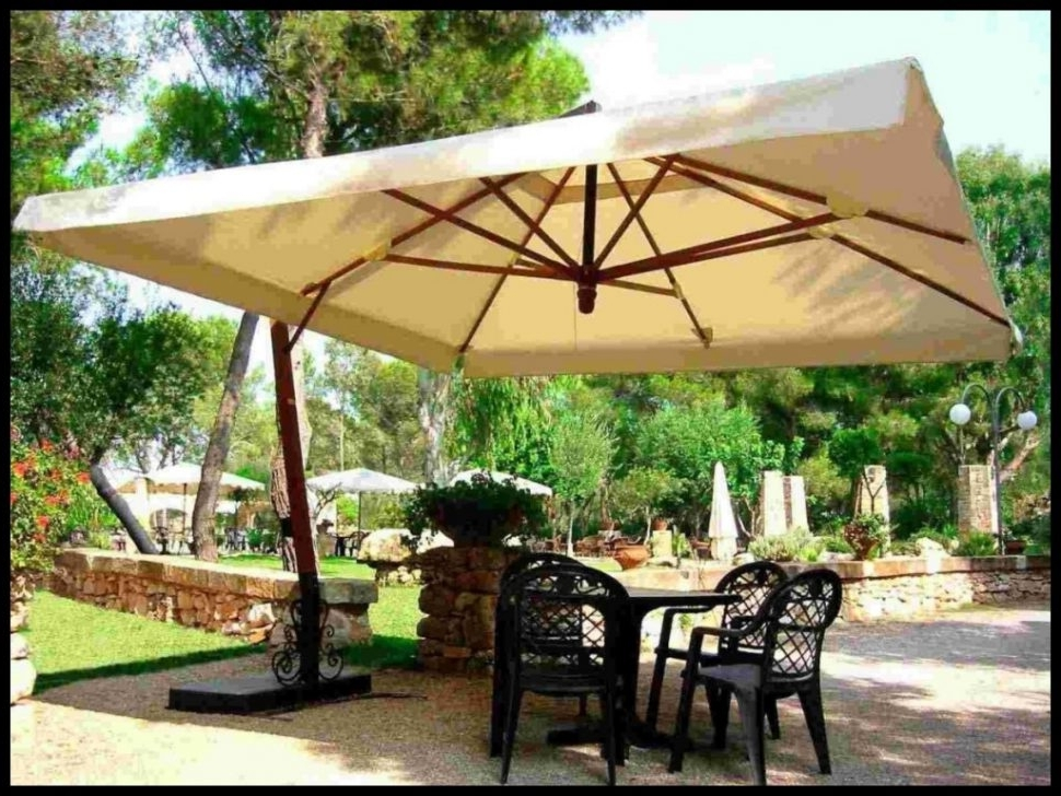 Extra Large Patio Umbrellas Within Preferred Extra Large Patio Umbrella Imposing Rectangular Umbrellas With Home (View 3 of 15)