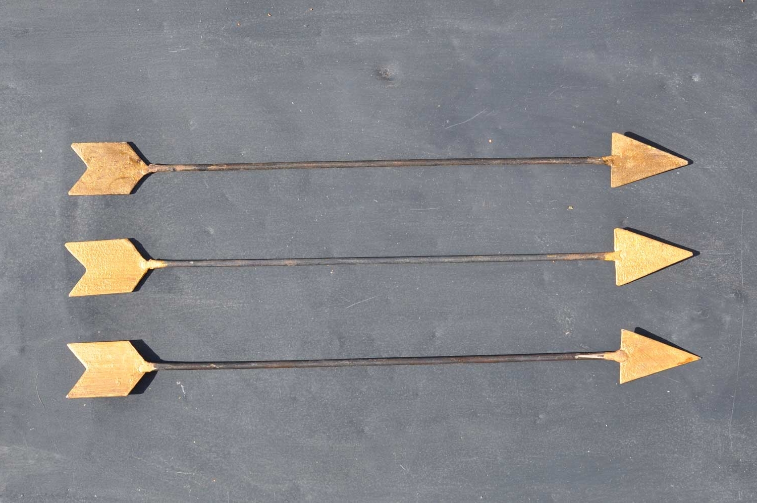 Favorite Arrow Wall Art With Regard To Vintage Inspired Metal Arrow Wall Art – Home Decor – Home Barn Vintage (View 13 of 15)