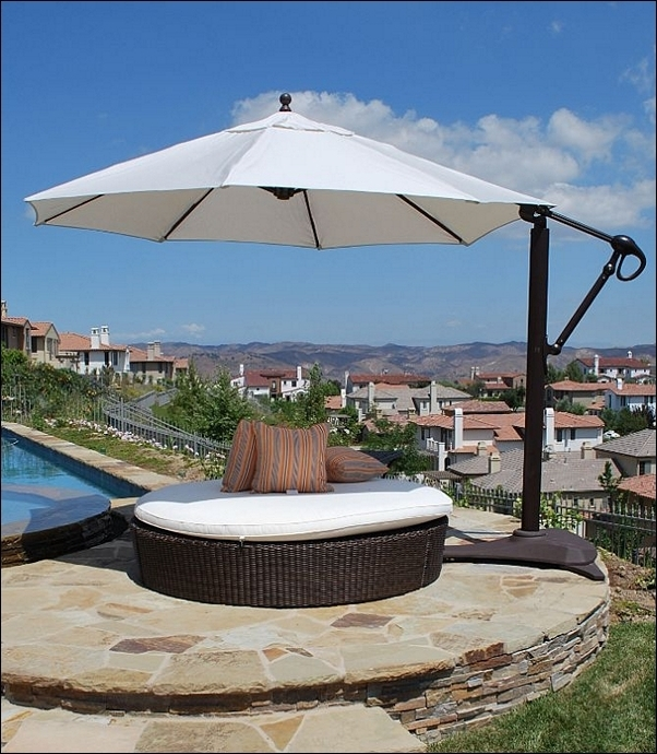 Free Standing Umbrellas For Patio In Most Current Stylish Free Standing Umbrellas For Patio Luxury And Freestanding (View 6 of 15)