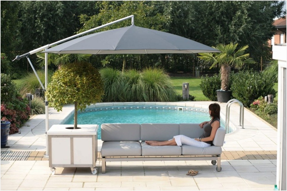 Heavy Duty Patio Umbrella Stand Effectively » Elysee Magazine With Latest Heavy Duty Patio Umbrellas (Gallery 12 of 15)