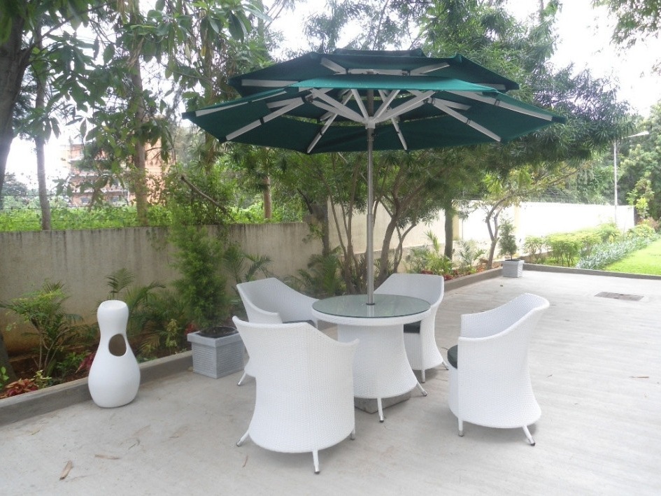 Heavy Duty Patio Umbrellas Intended For Favorite Stylish Heavy Duty Patio Umbrella Patio Ideas Heavy Duty Patio (View 9 of 15)