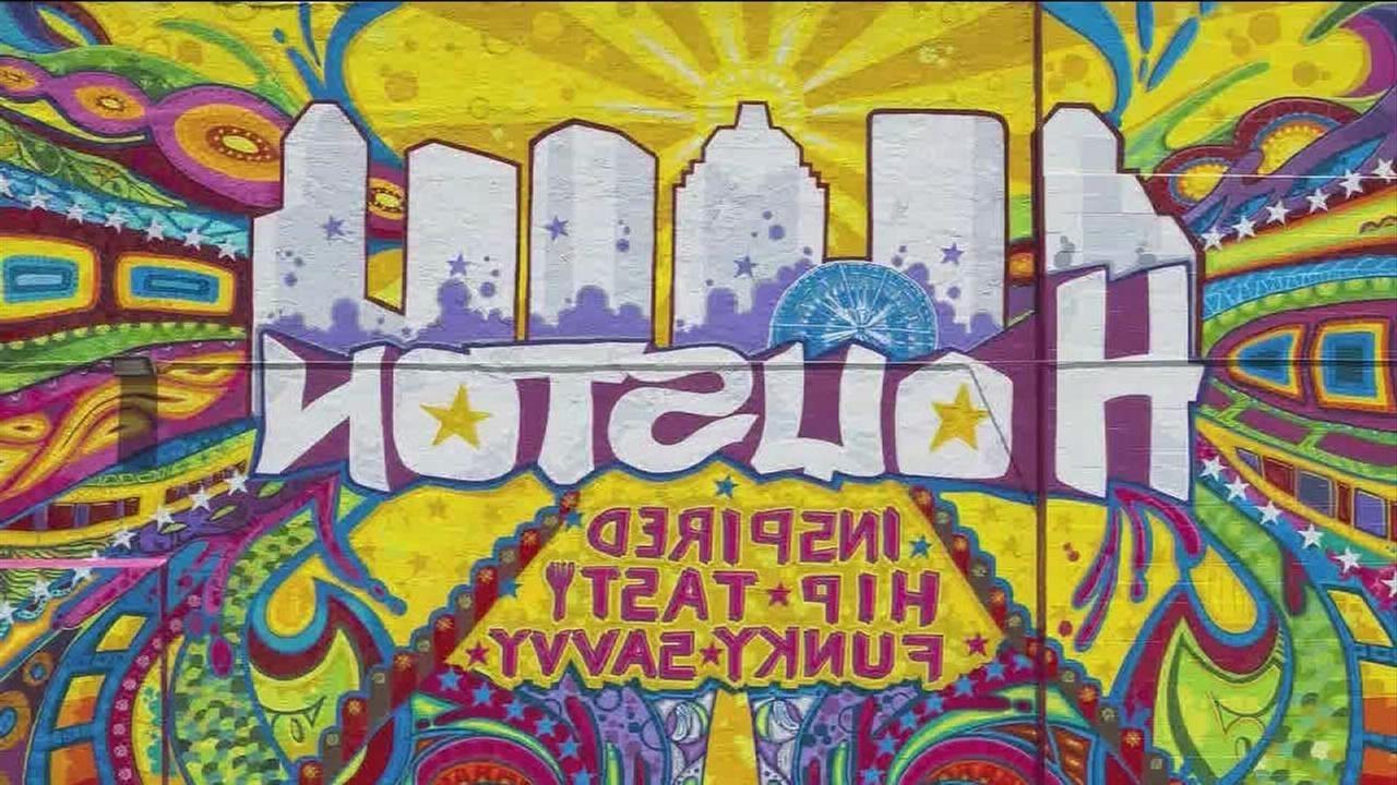 Houston Graffiti Artist Transforms City's Street Art (View 5 of 15)
