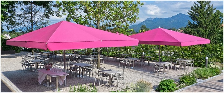 Jumbo Patio Umbrellas Inside Famous Extra Large Patio Umbrella » Charming Light Large Commercial Patio (View 9 of 15)