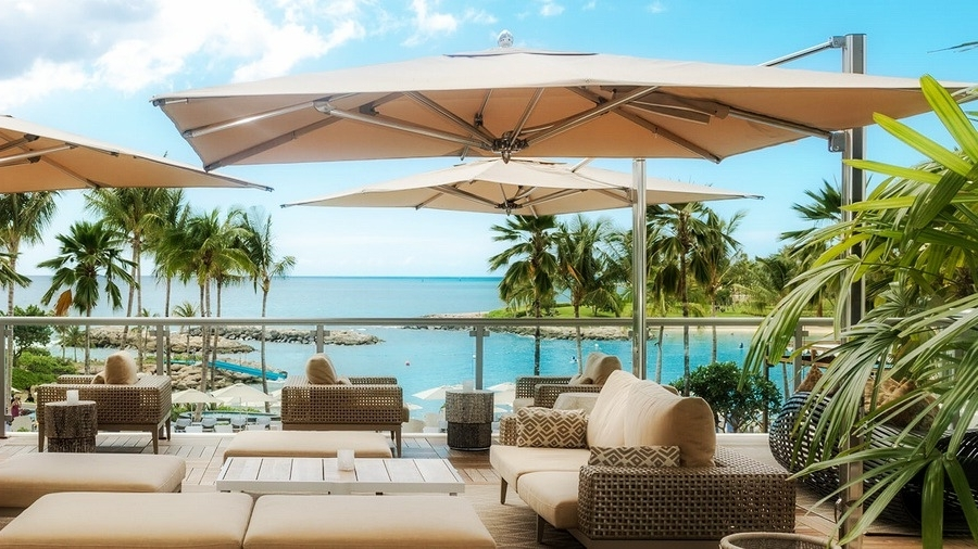 Large Patio Umbrellas Inside Trendy 11 Best Large Cantilever Patio Umbrellas With Ideal Shade Coverage (View 2 of 15)